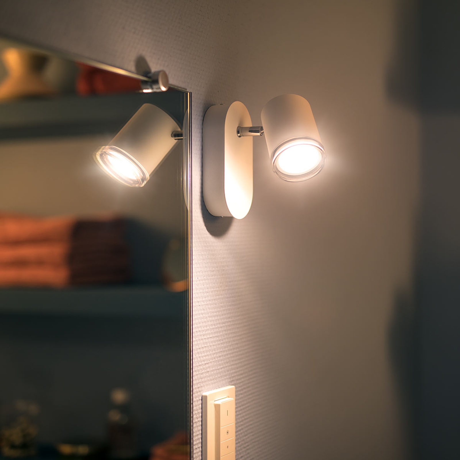 Philips Hue White Ambiance Adore LED-Spot