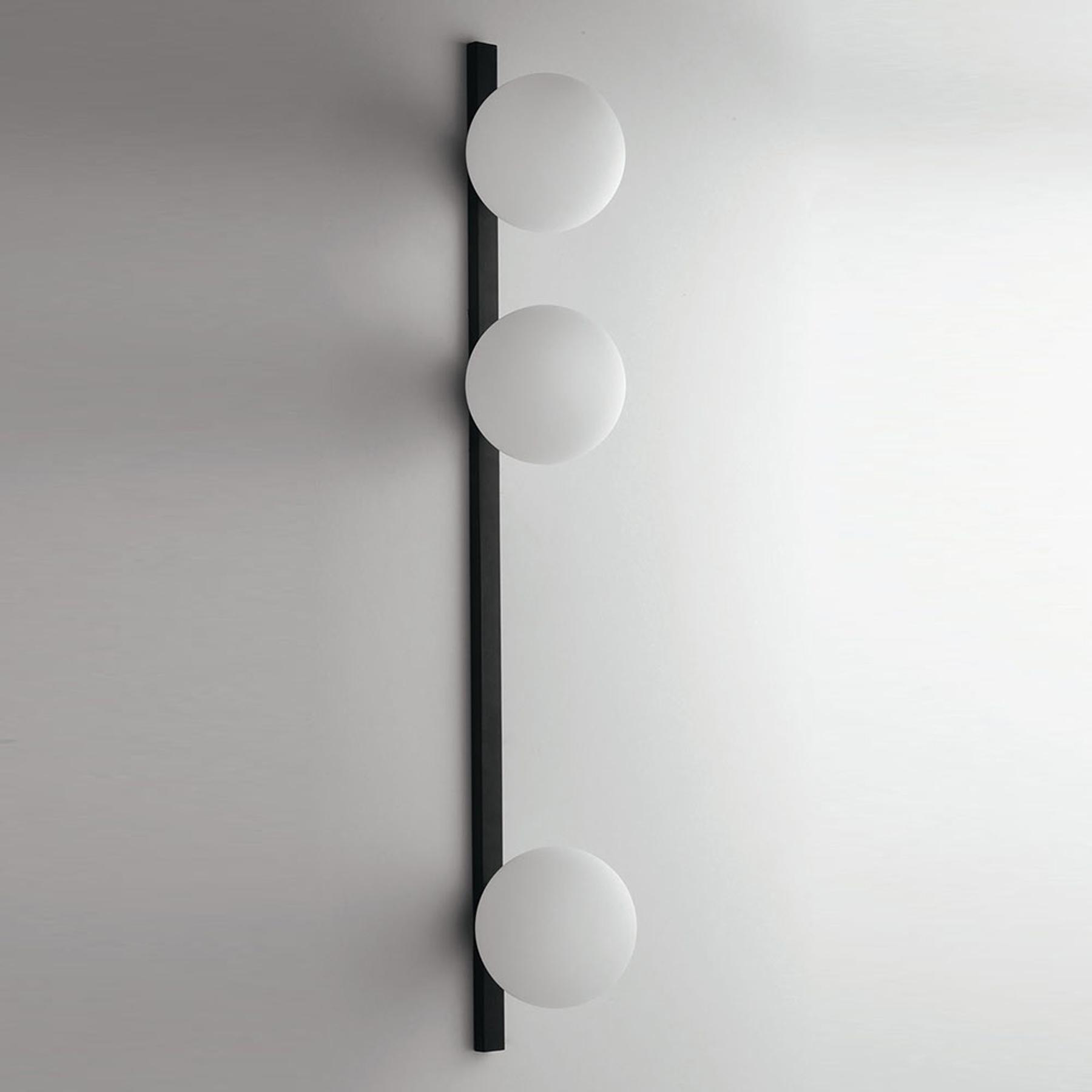 Wandlamp Enoire in zwart en wit, 3-lamps
