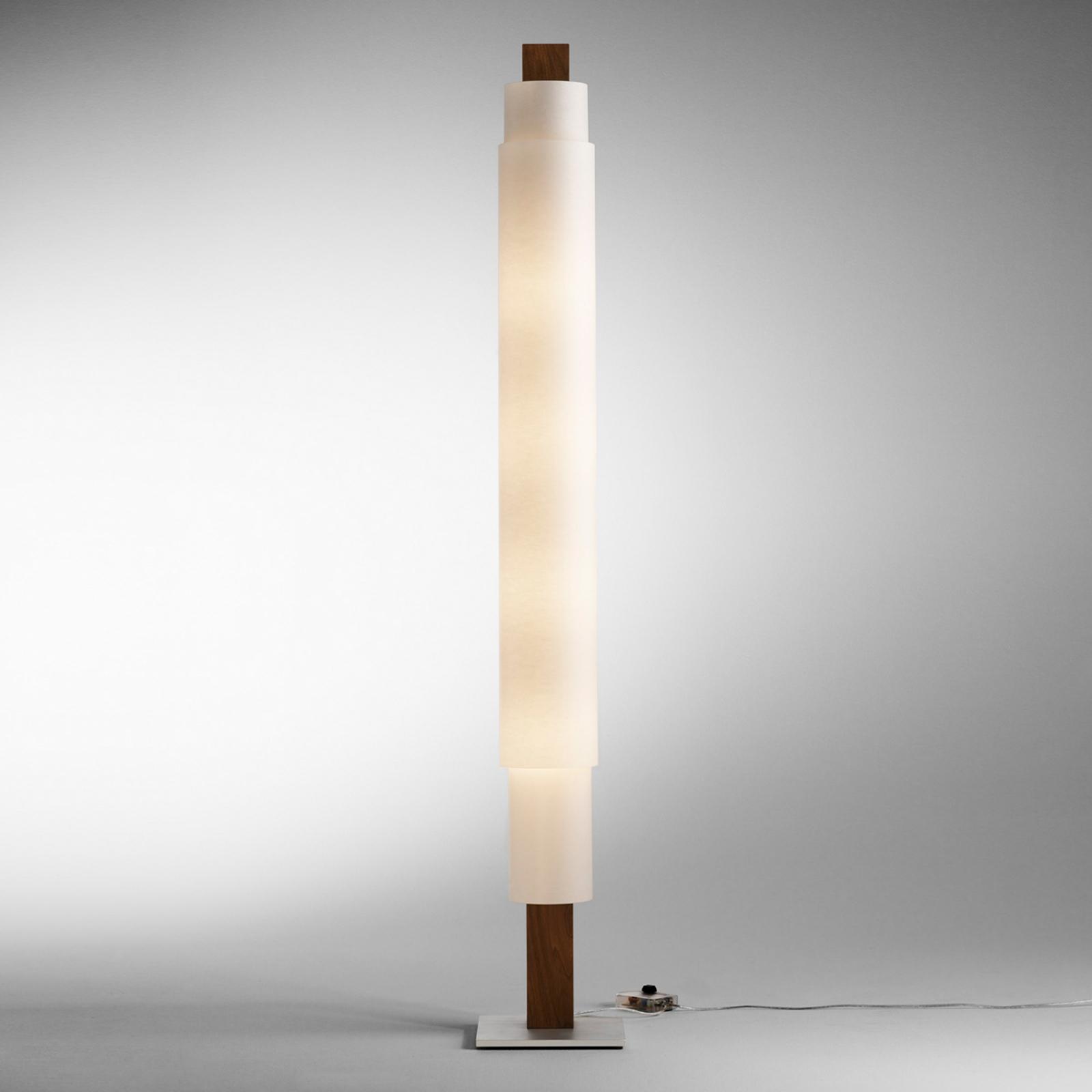 Lámpara de pie LED Stele, nogal