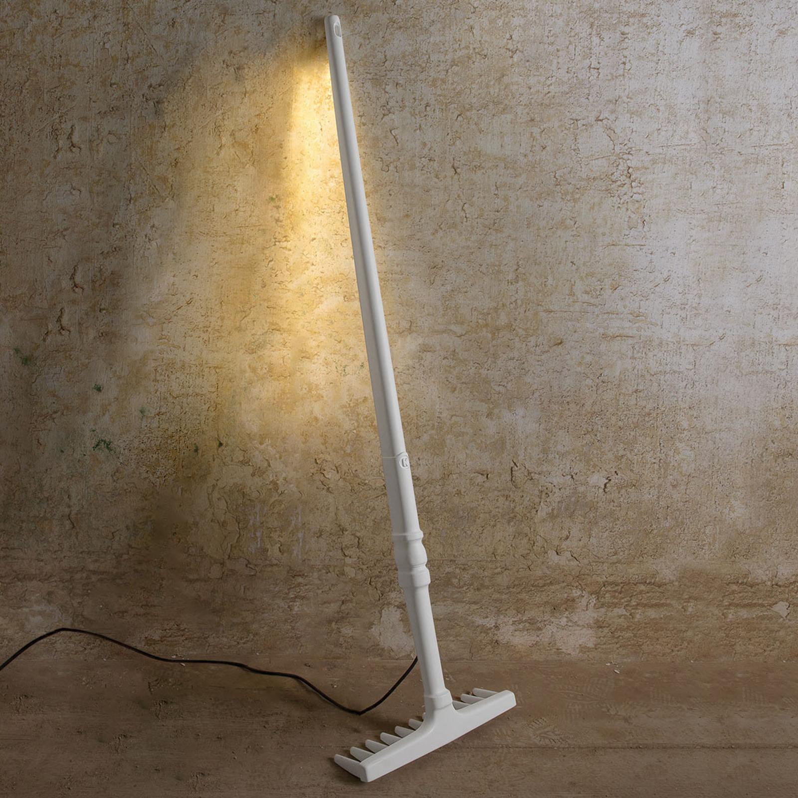Designerska lampa stojąca Tobia, jak grabie, z LED