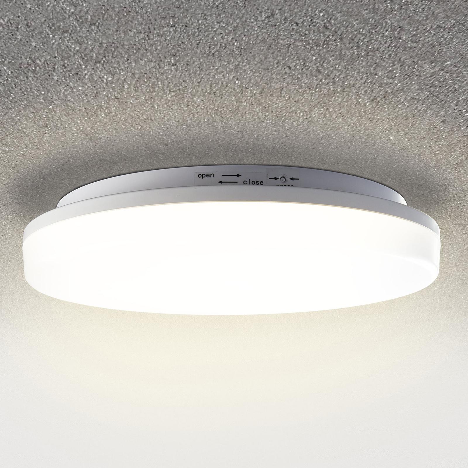LED-taklampe med Pronto med bevegelsessensor