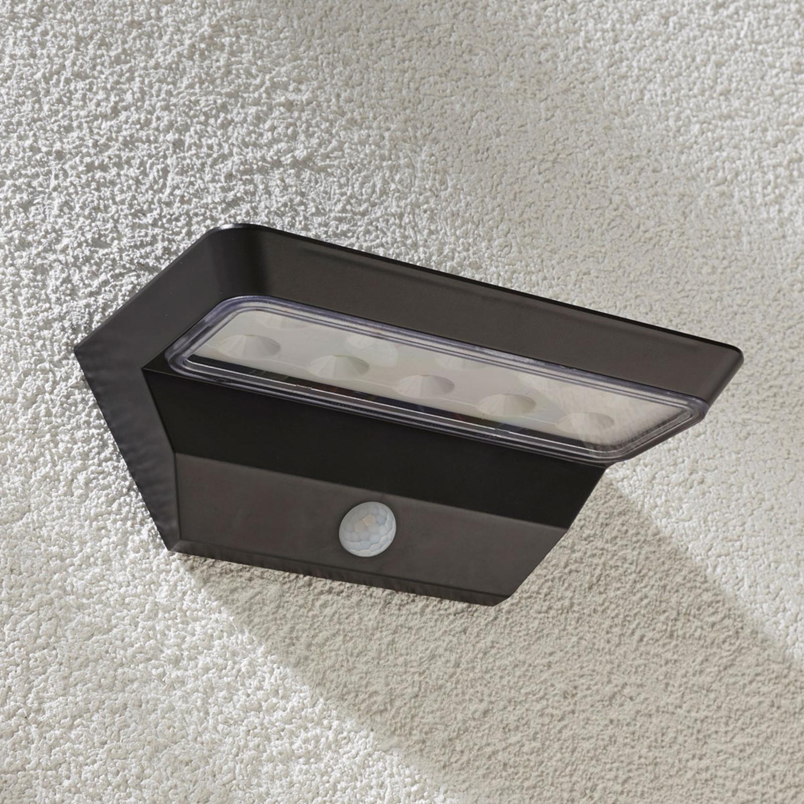 Vegglampe Emilio - med solcelle, sensor og LED-lys