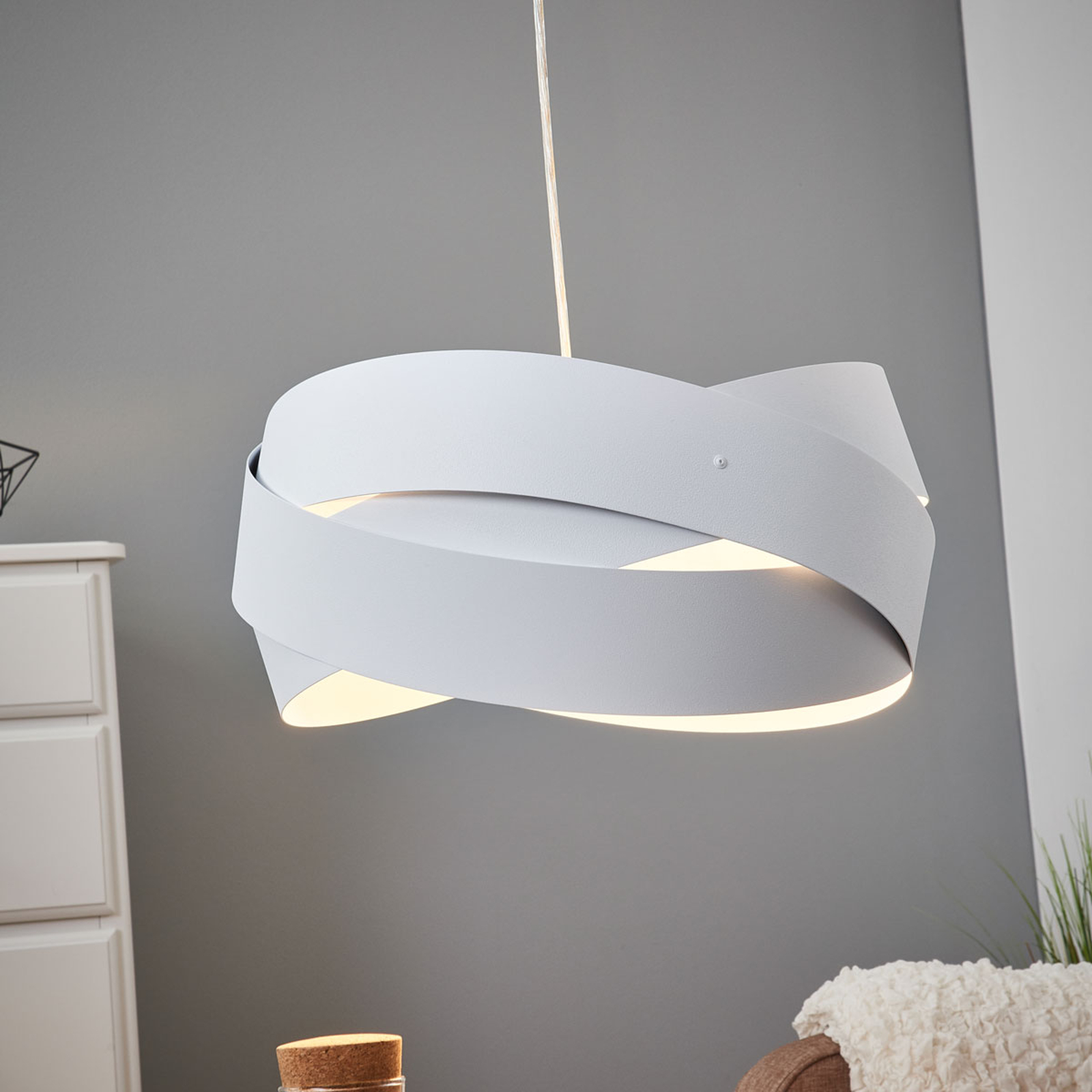 Tornado – fantastyczna biała lampa wisząca