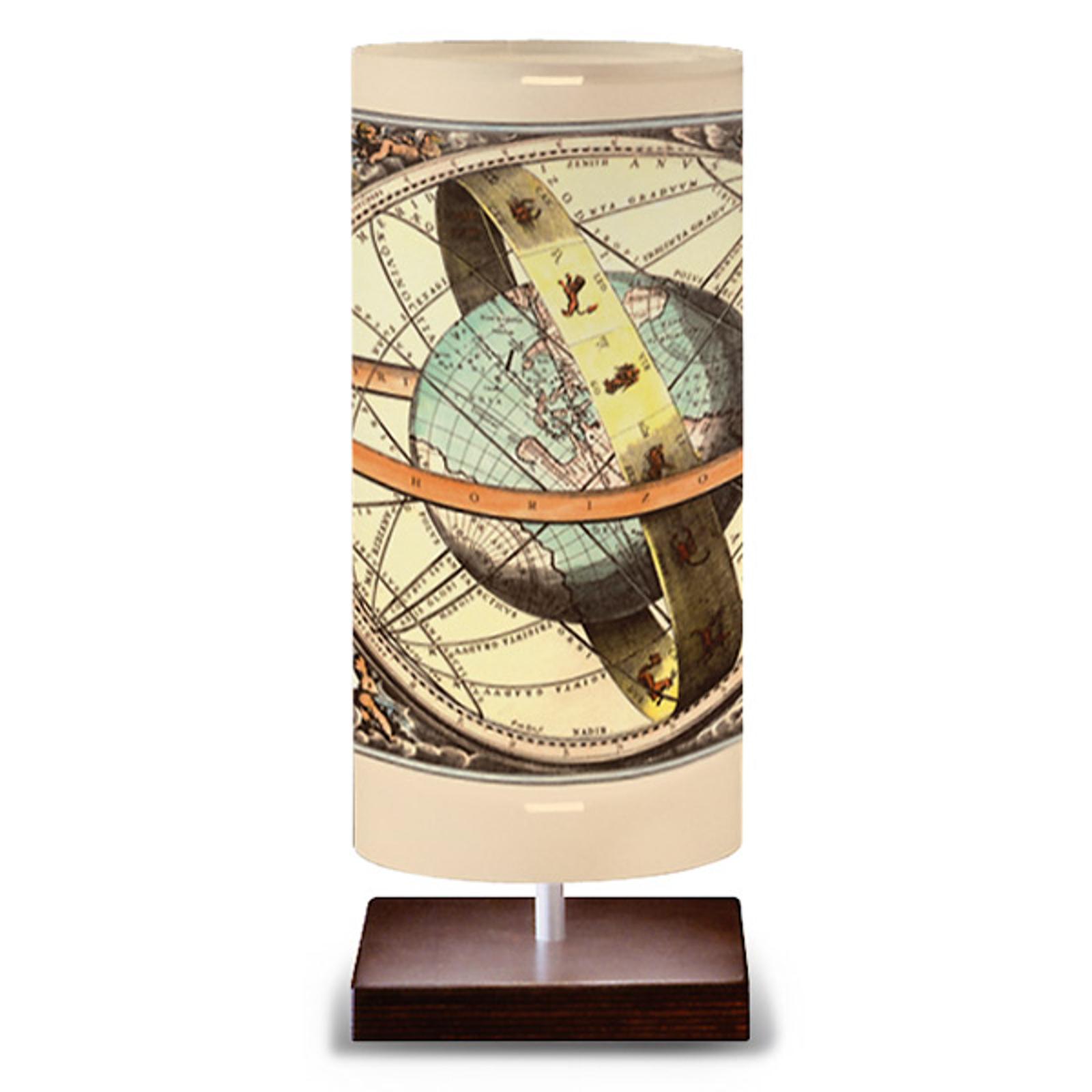 Globe - lampa stołowa w kształcie kuli ziemskiej