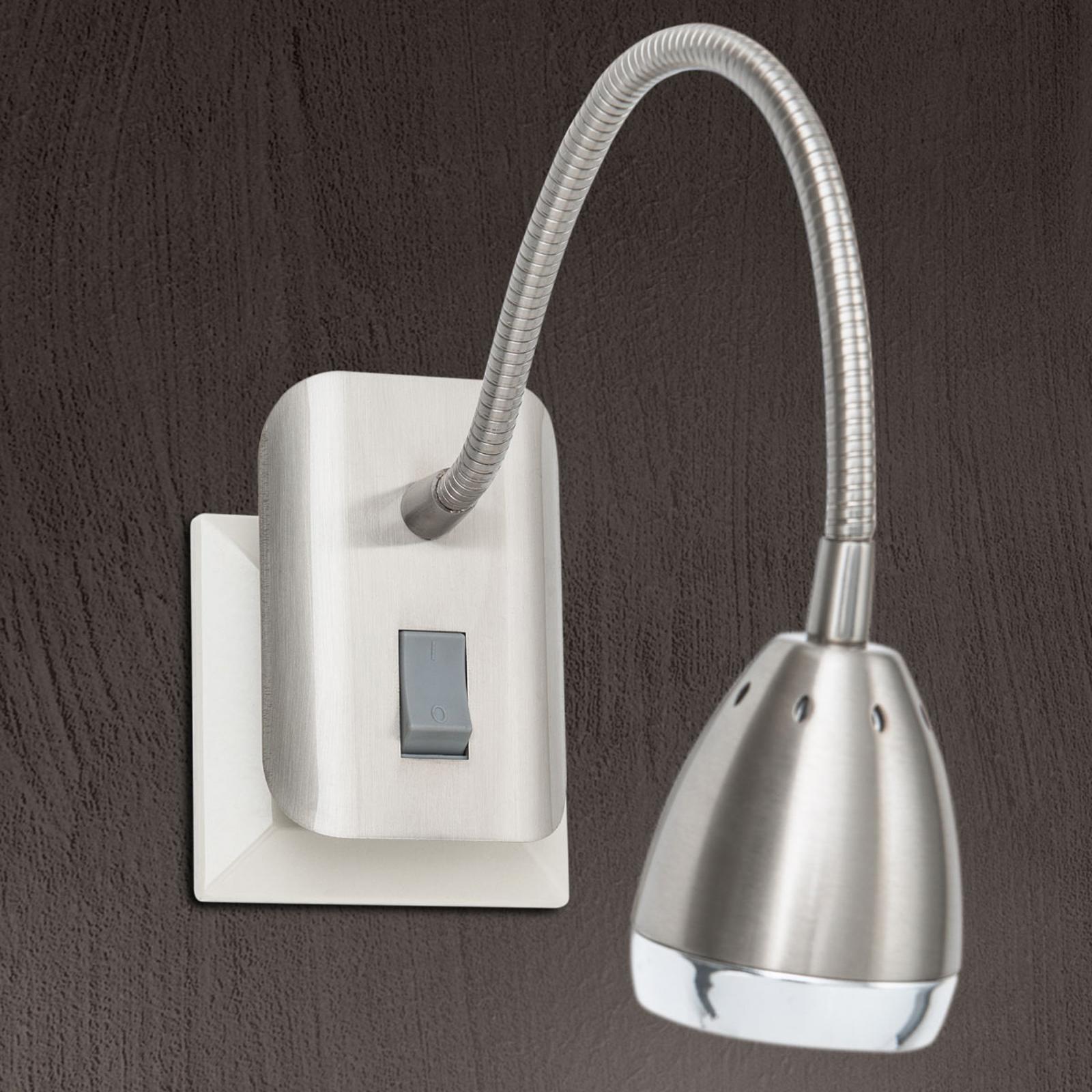 LED-Steckdosenleuchte Manvel mit Schalter, nickel