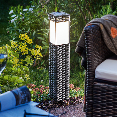 Lampadaire solaire LED Rattan - blanc froid