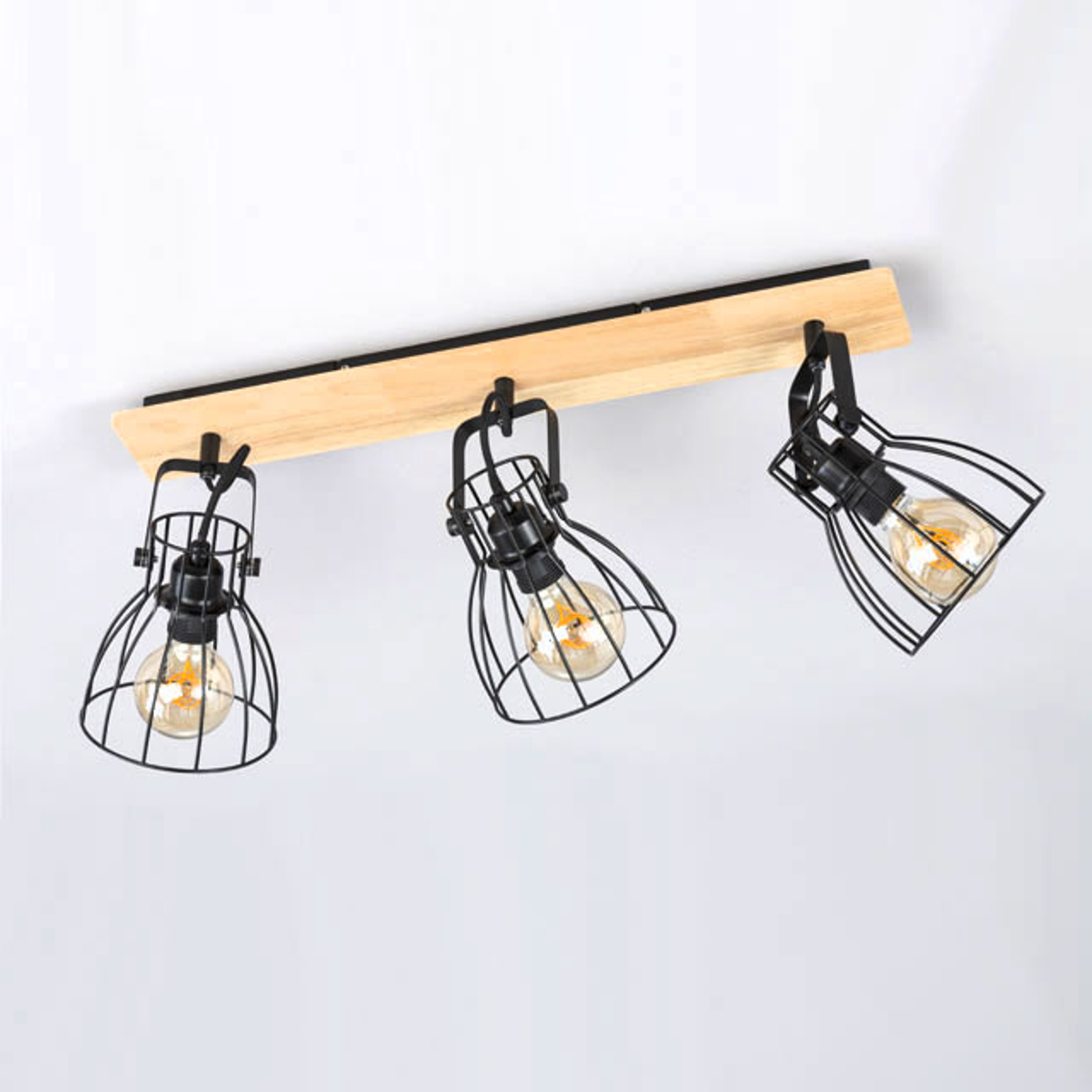 Plafondlamp Die in houtoptiek met 3 kooikappen