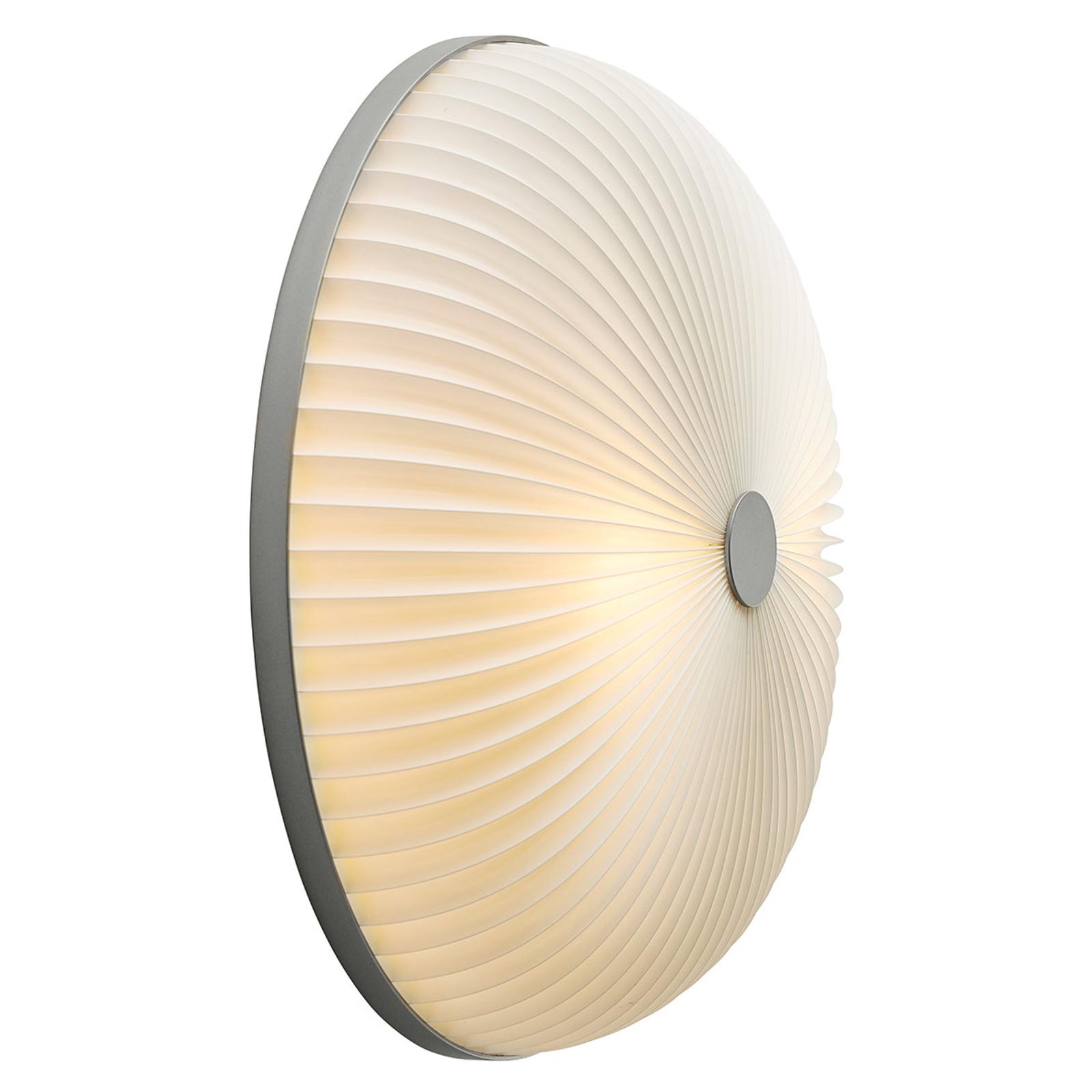 LE KLINT Lamella nástěnné světlo hliník 35 cm