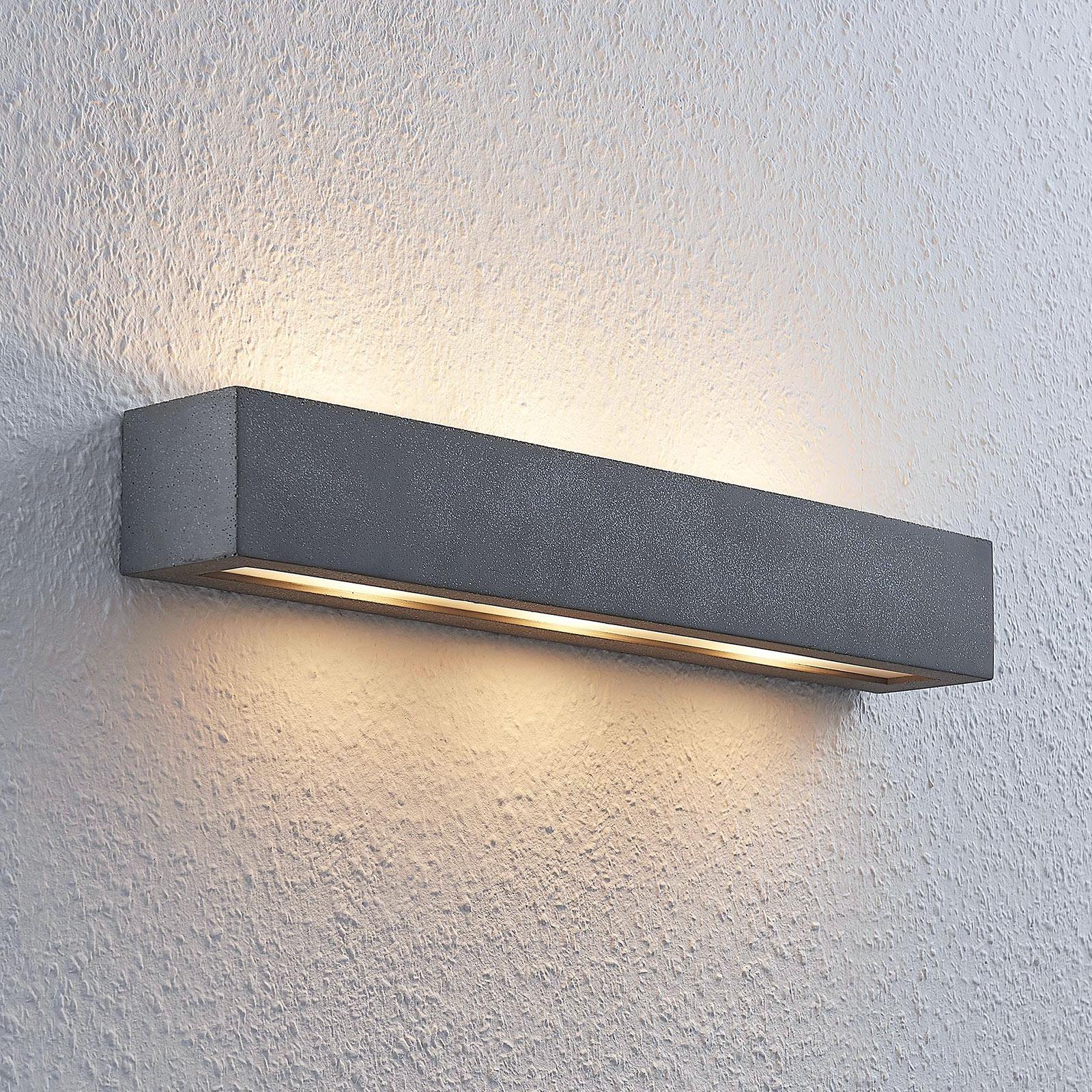 Lindby Nellie LED nástěnné světlo, šířka 50,8 cm