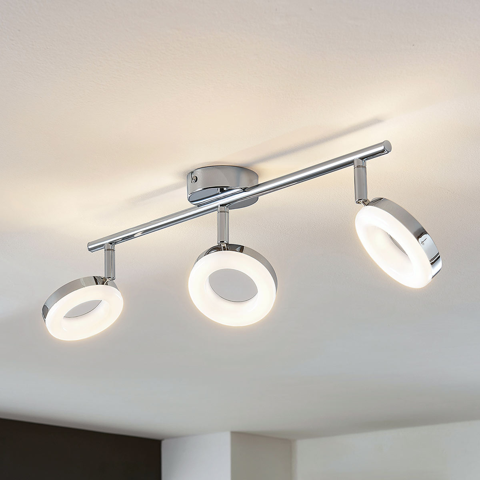 LED-Deckenleuchte Ringo 3-flammig lang
