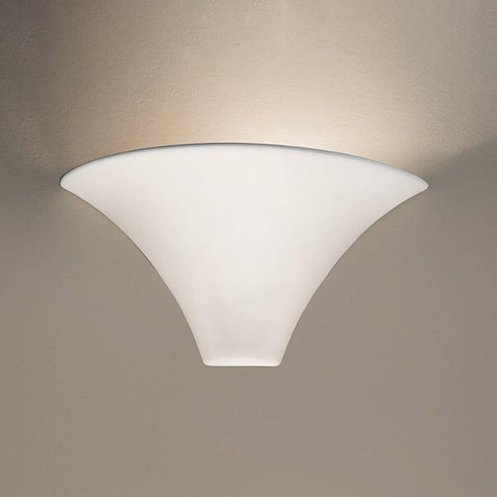 KOLARZ Cardin - weiße Wandleuchte in schöner Form