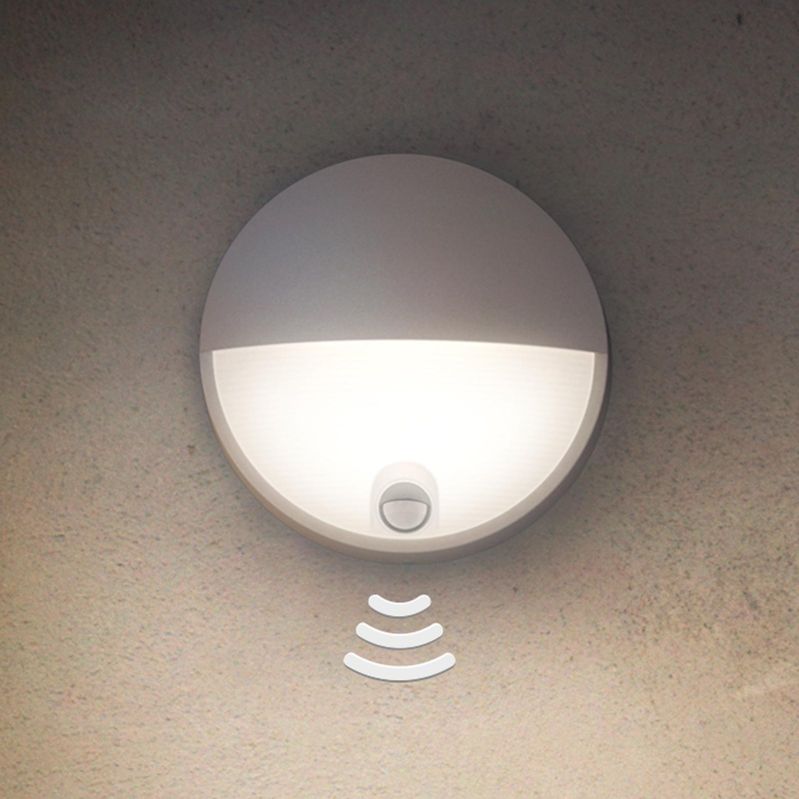 Moderne LED-vegglys Capricorn med sensor