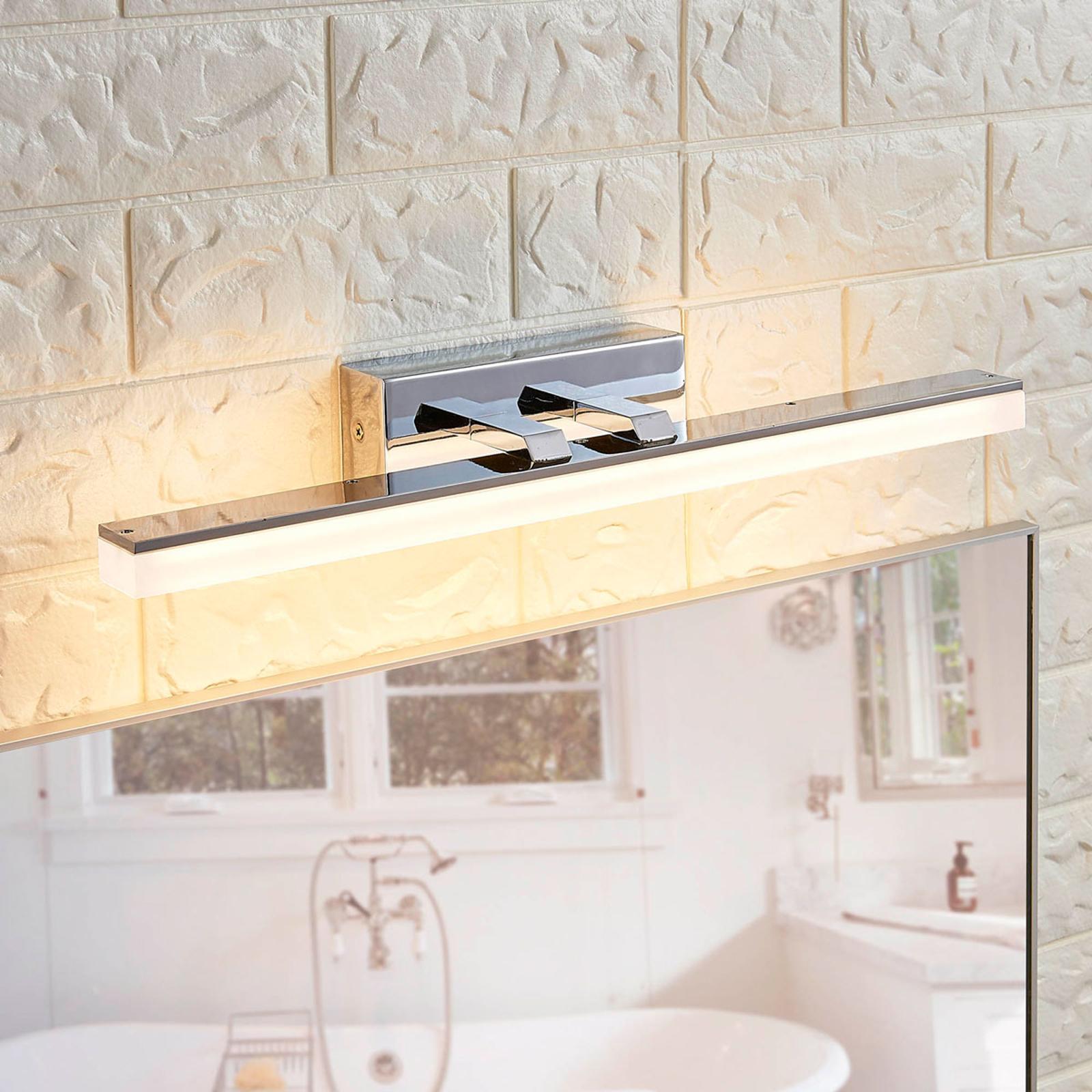 Lámpara de pared LED de baño Julie, forma alargada