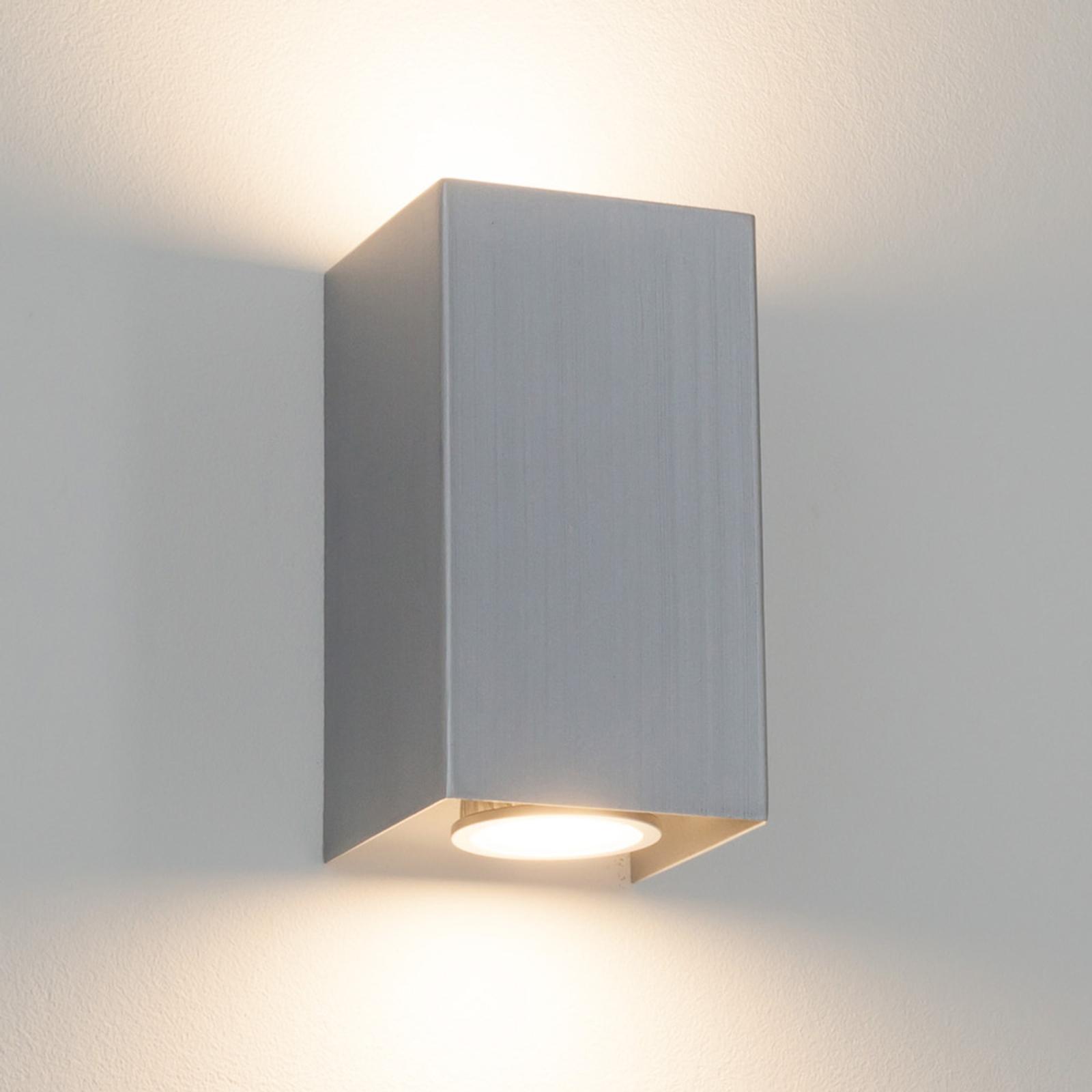 Kantet vegglampe Kabir av metall, GU10 LED-lys