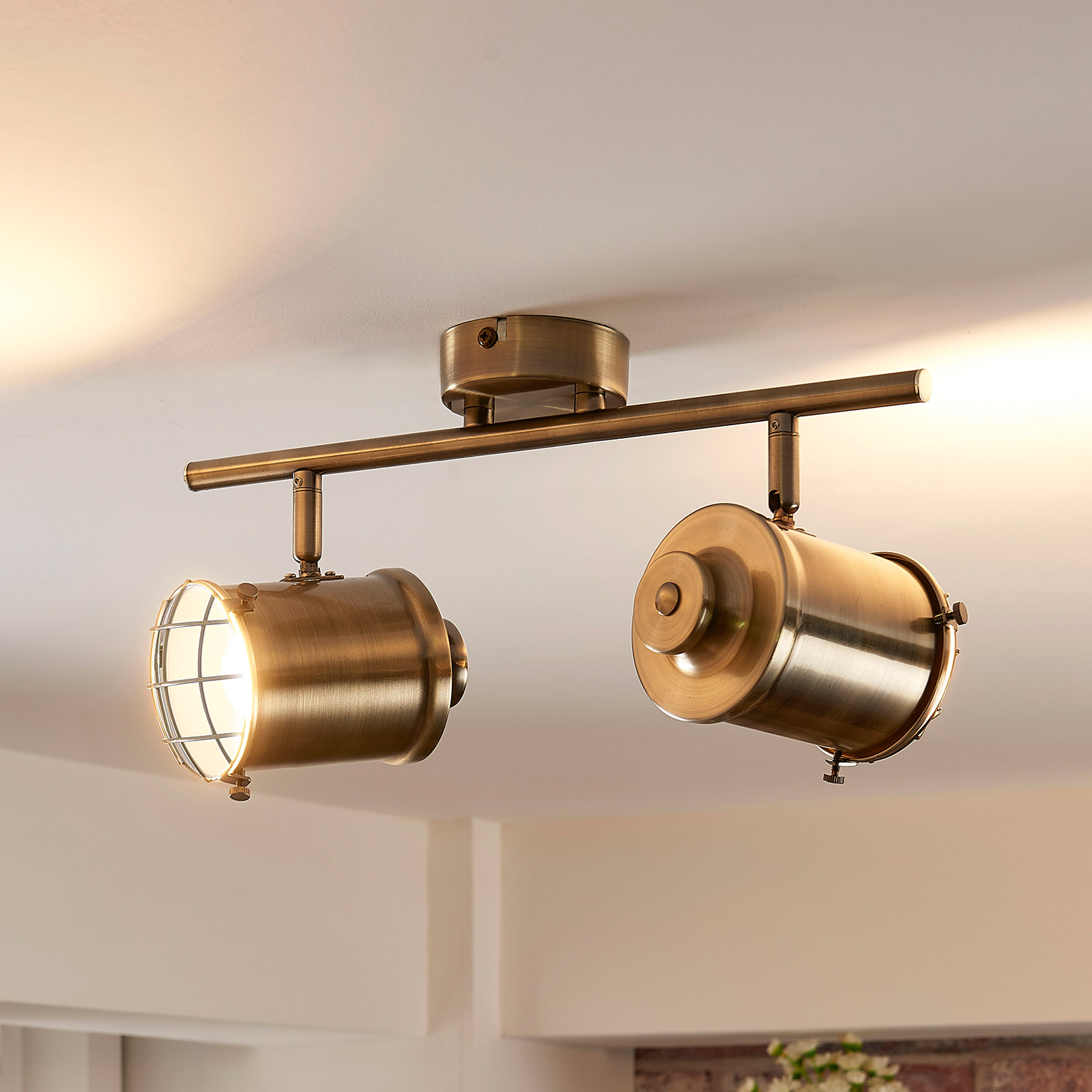 LED spot Ebbi med 2 lyskilder og easydim-funktion