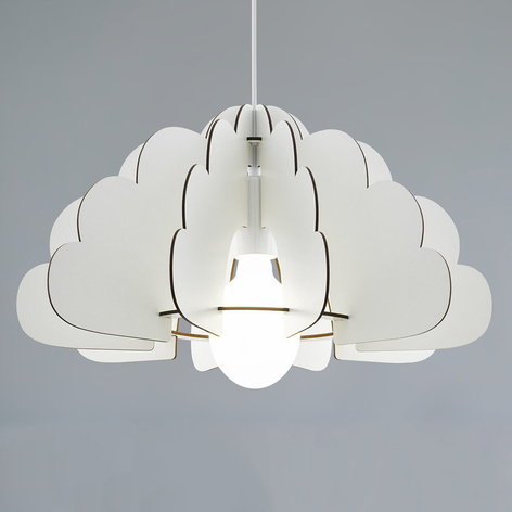 Chieti-riippuvalaisin pilviosioilla, valkoinen