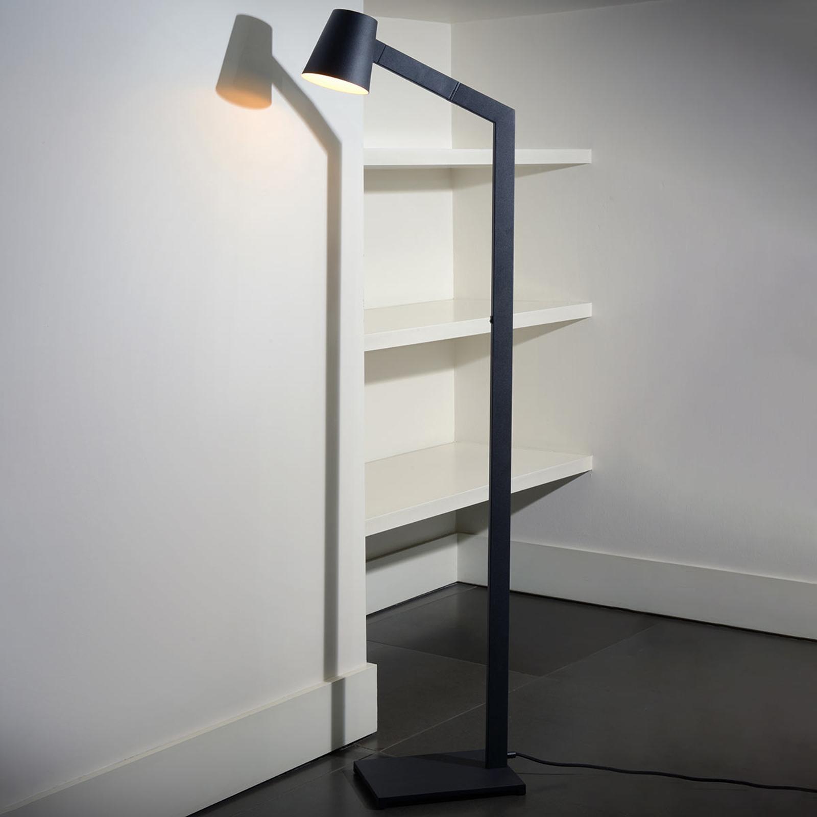 Mizuko - een puristische vloerlamp in zwart