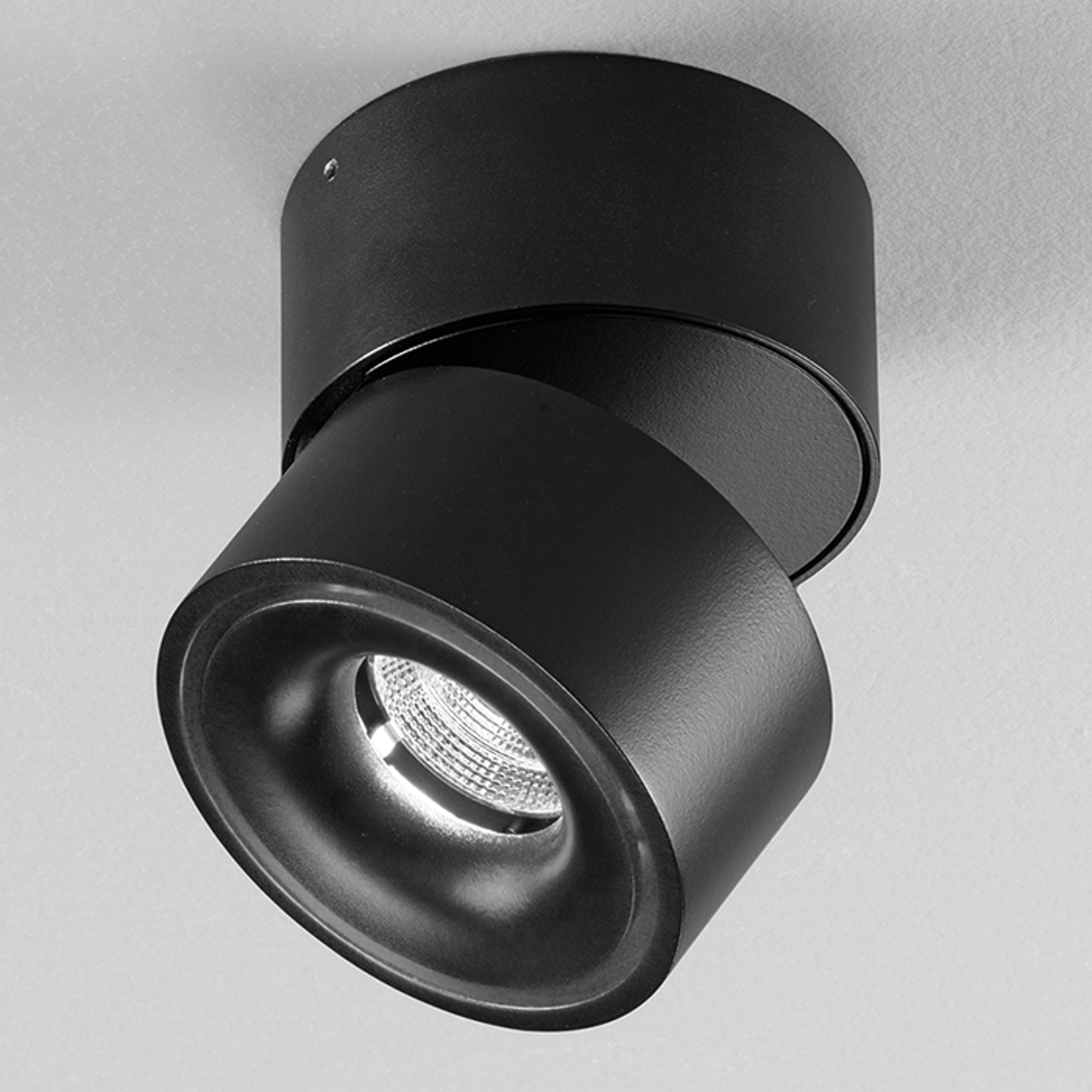 Clippo - zwarte LED spot uit aluminium, dimbaar