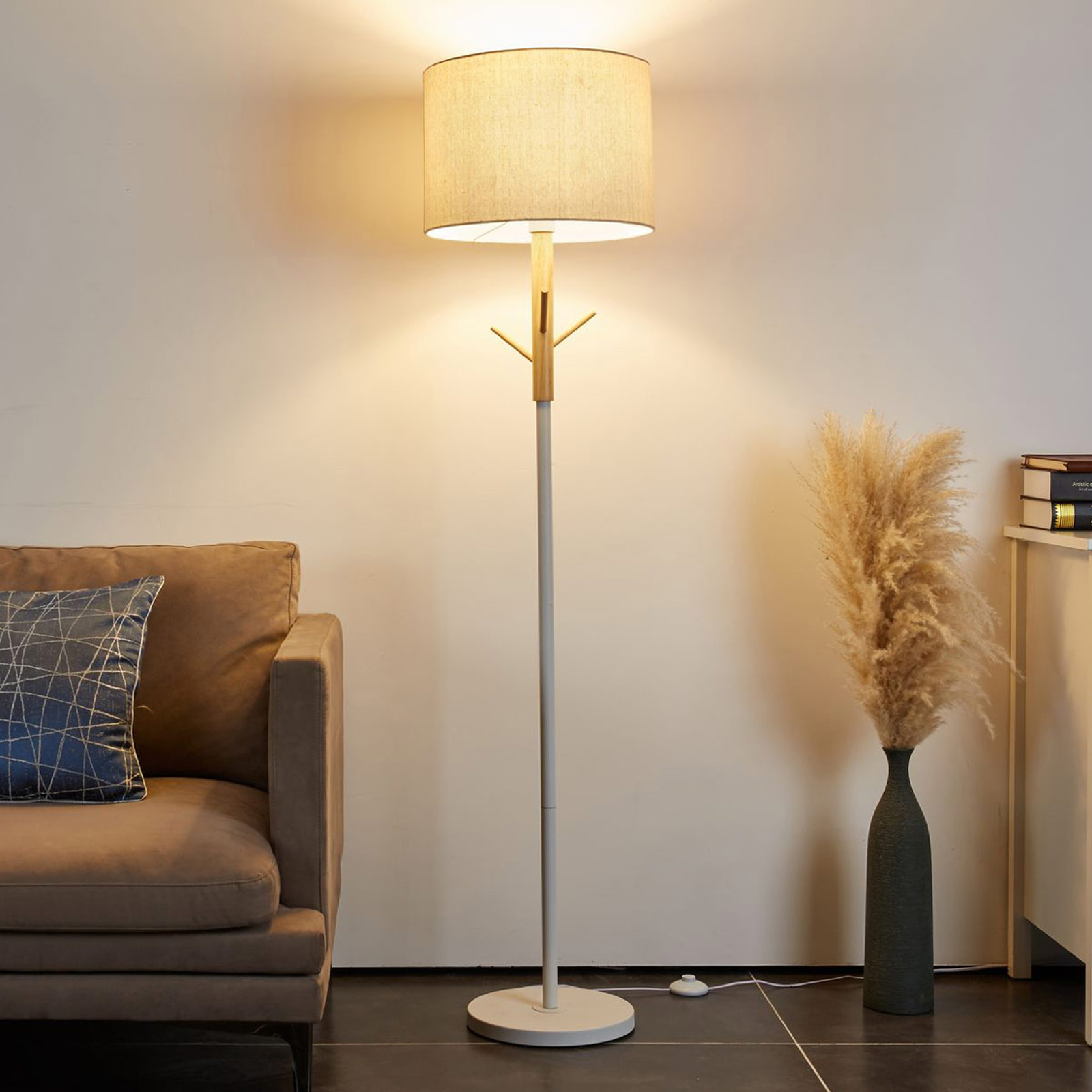 Pauleen Grand Romance Stehlampe mit Holzdetail
