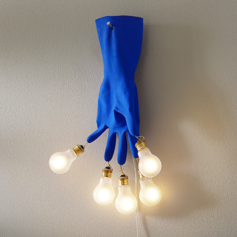 Ingo Maurer Luzy on the Wall LED-vegglampe