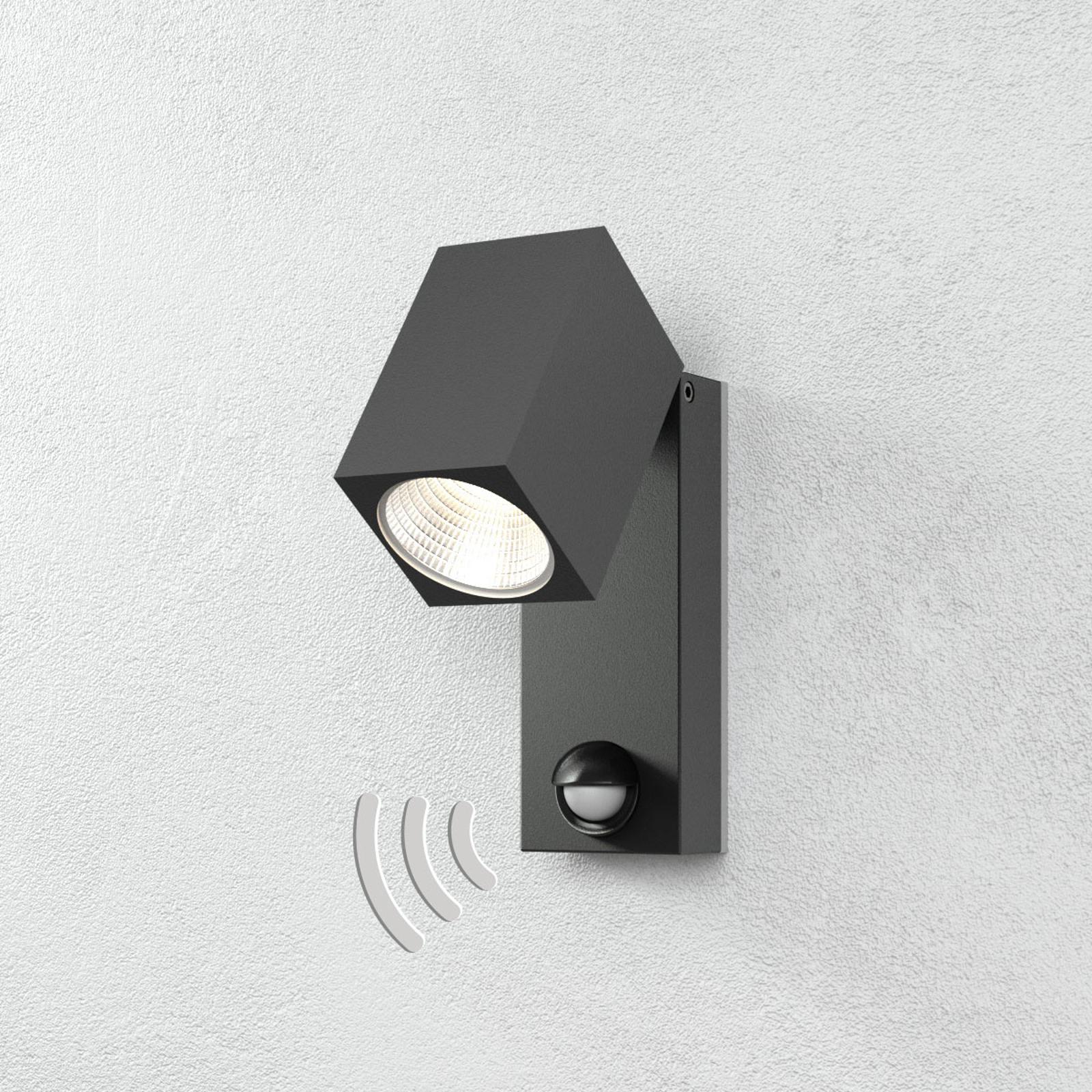Cala – reflektor zewnętrzny LED z czujnikiem ruchu