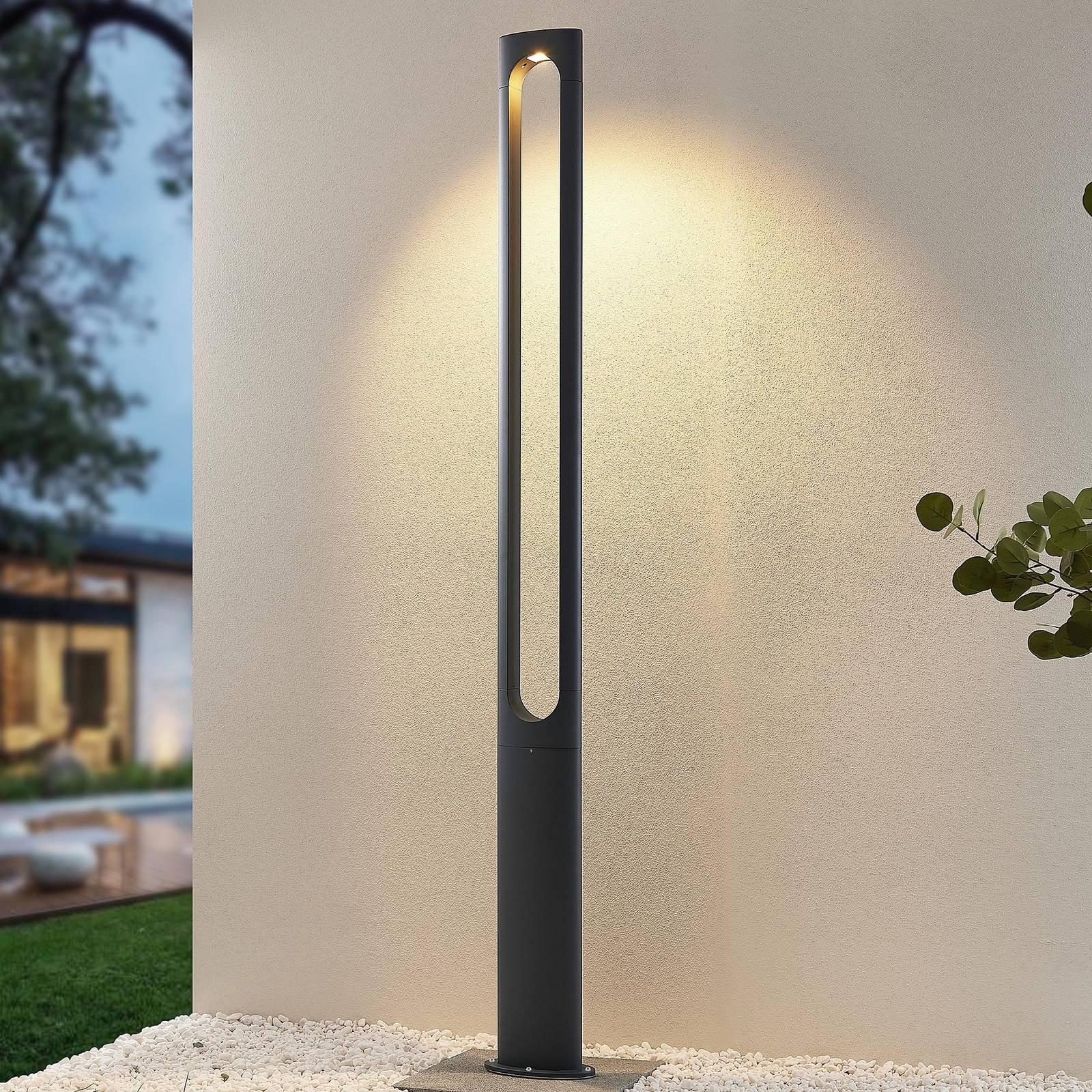 Lucande Dovino LED-Mastleuchte, 200 cm
