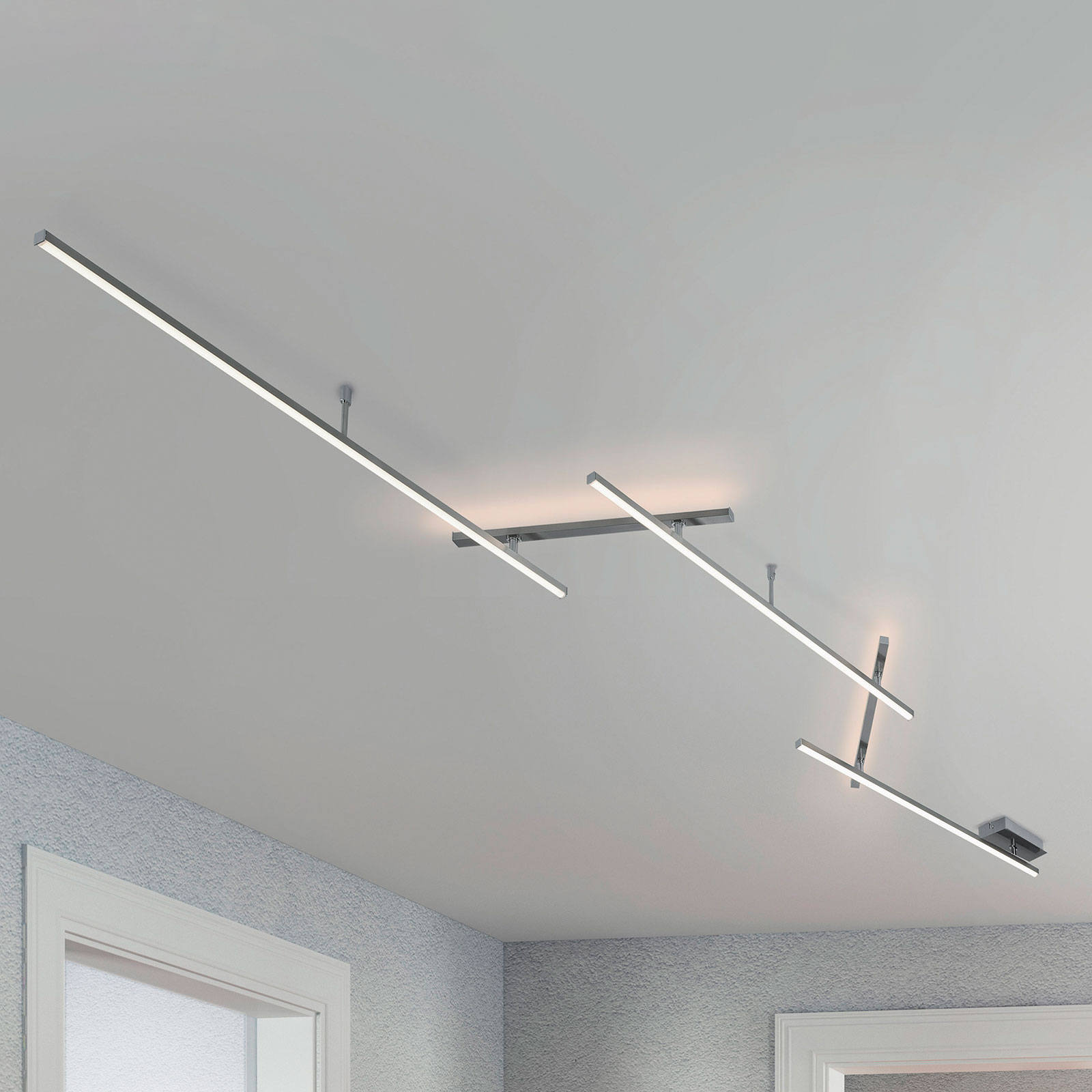 Obrotowa lampa sufitowa LED Indira, ściemniana