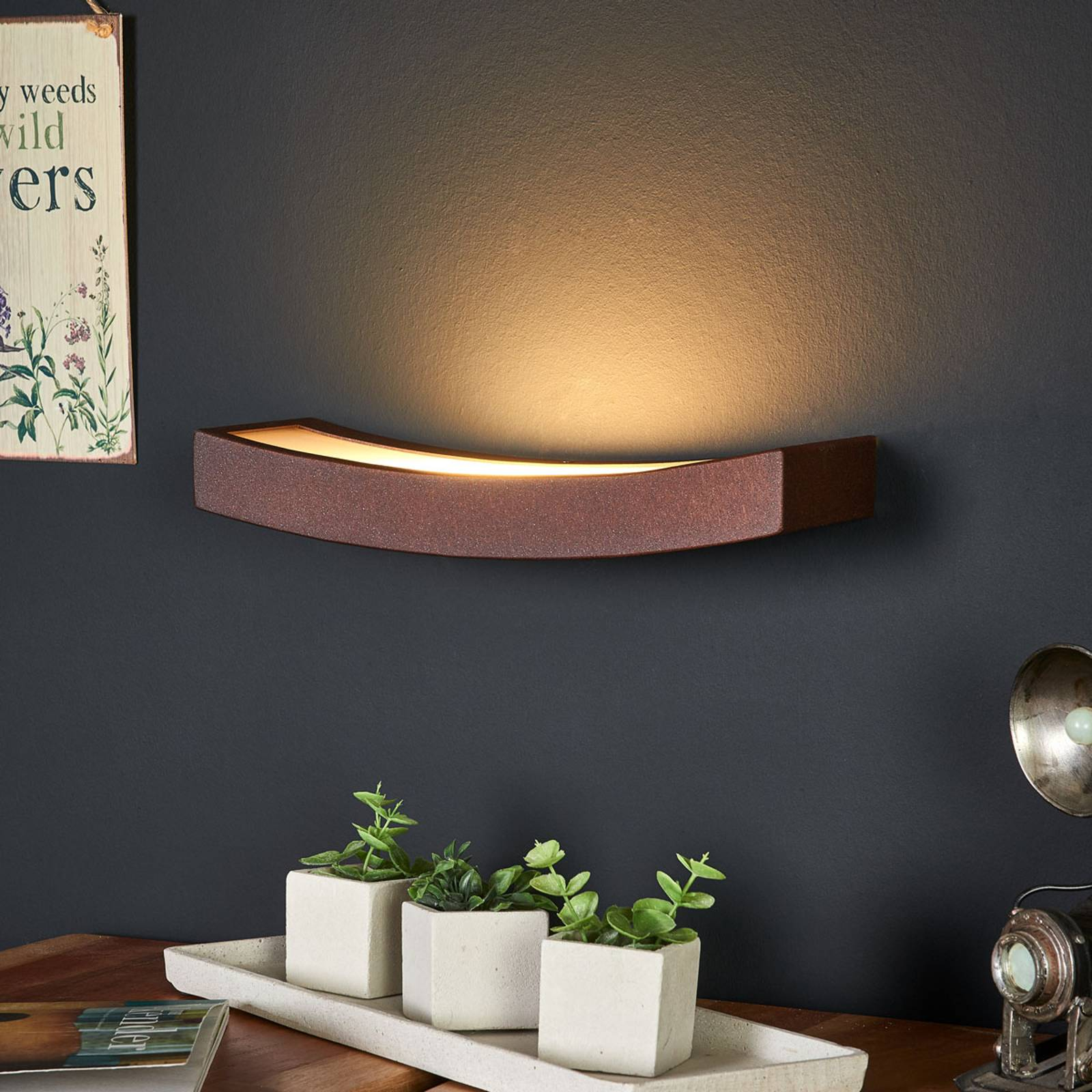 LED wandlamp Dolce in roestoptiek, breedte 30 cm