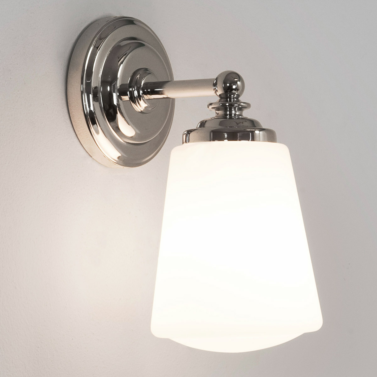Klasyczna lampa ścienna ANTON