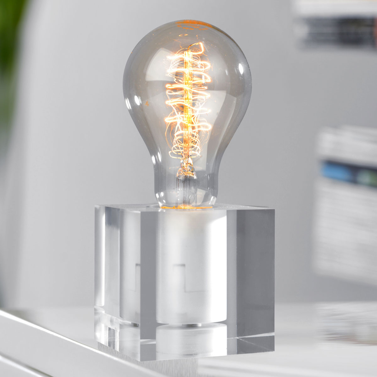 Bordlampe Cubic, akryl