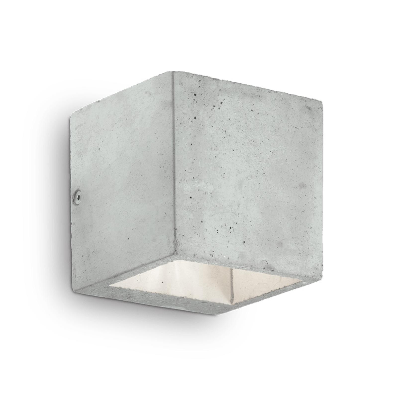 Wandleuchte Kool aus Zement, Höhe 10 cm