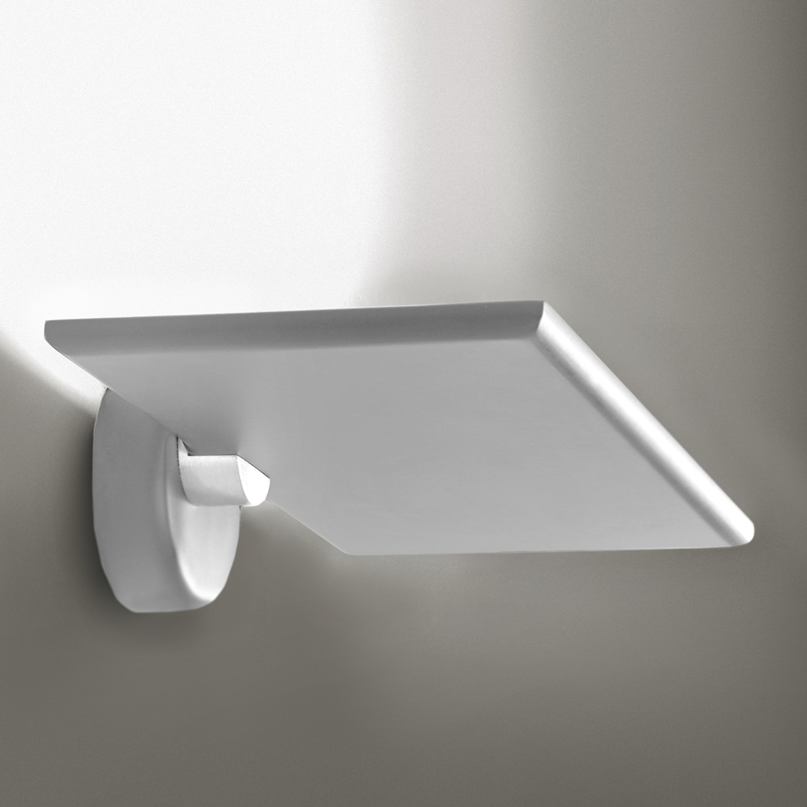 ICONE GiuUp LED-uplight væglampe 20 W, hvid
