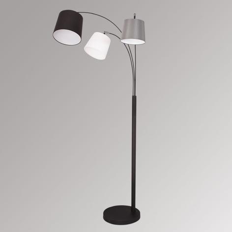 Golvlampa Foggy med textilskärm och tre ljuskällor