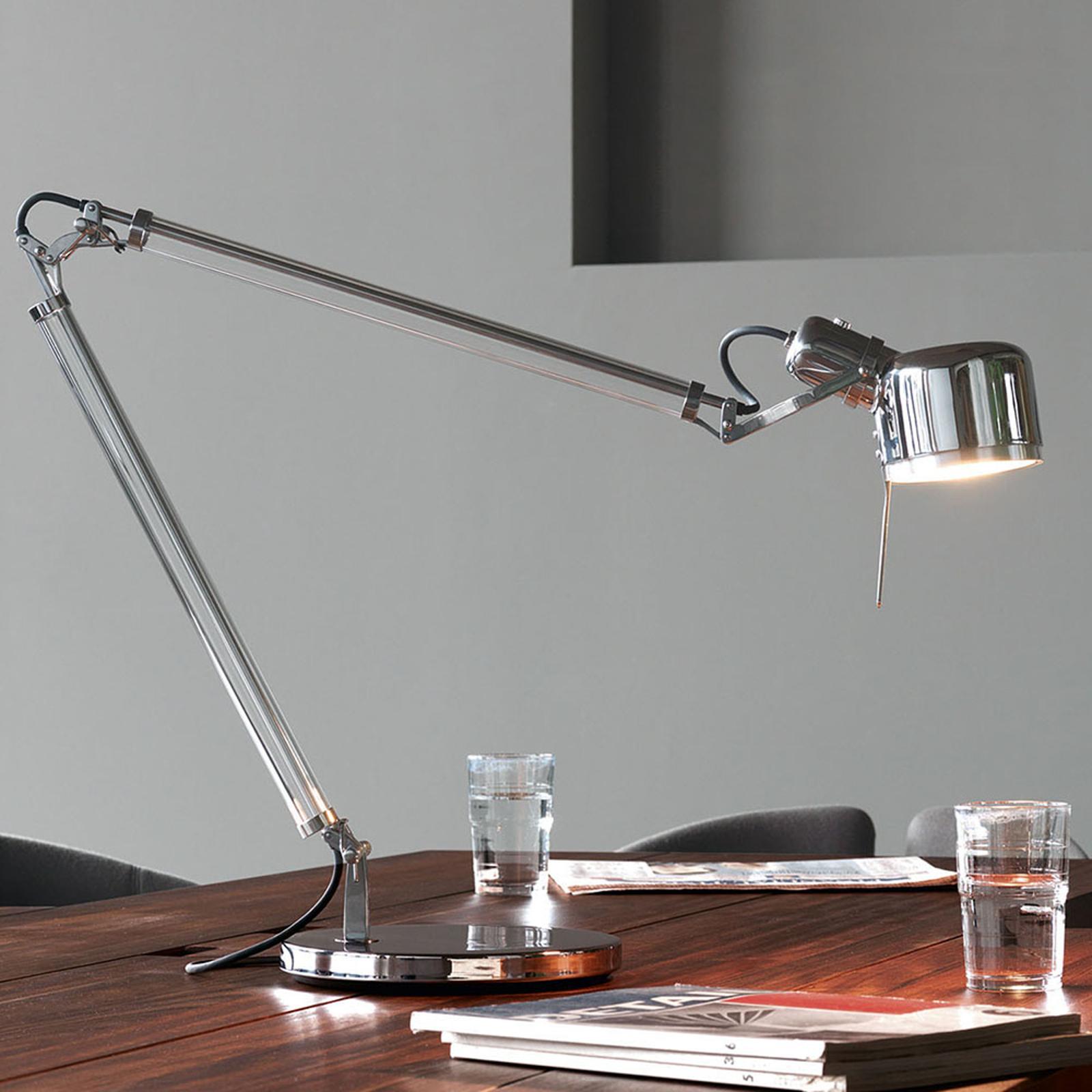 serien.lighting Job Table LED-Tischleuchte mit Fuß