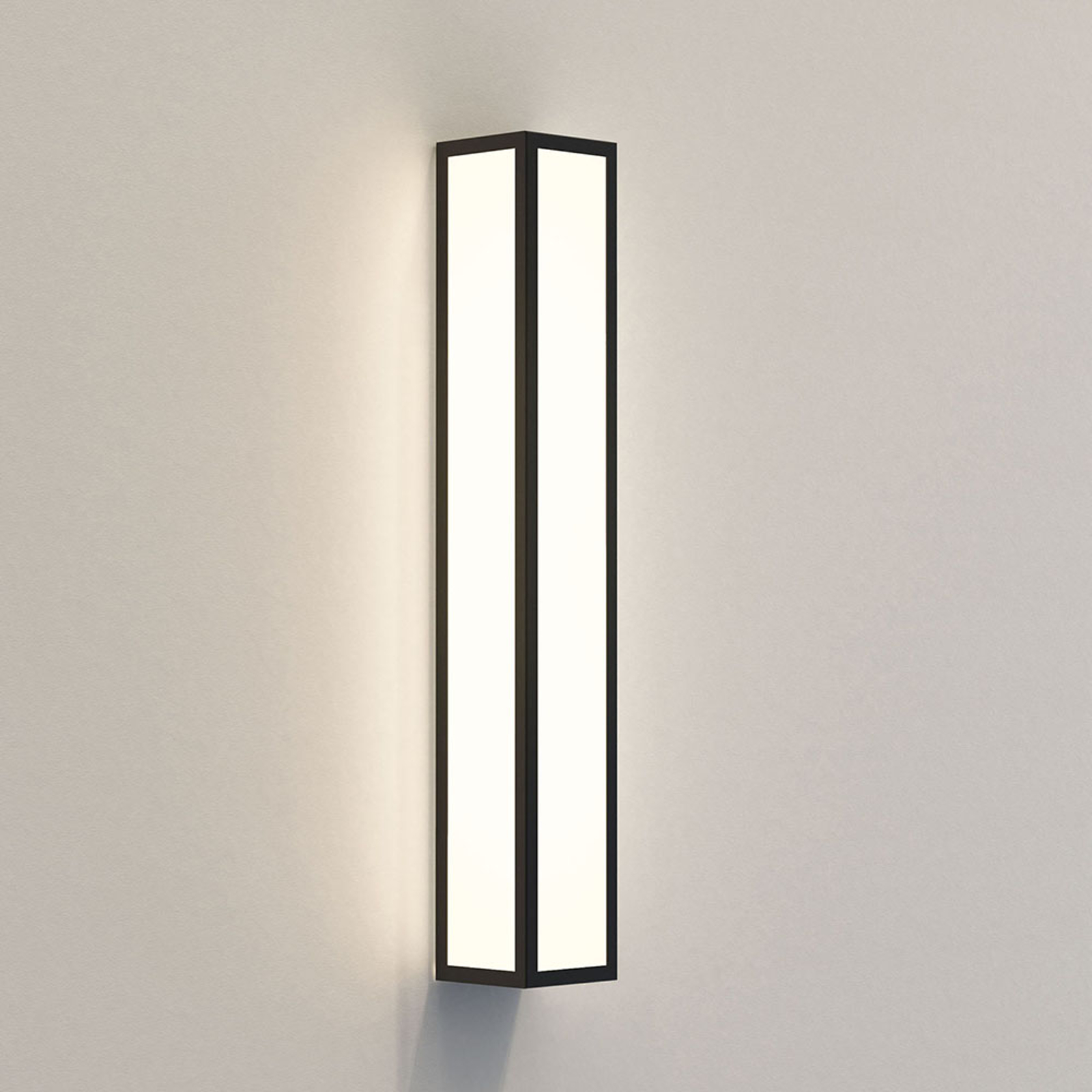 Astro Salerno 520 applique d'ext. LED 52cm noire
