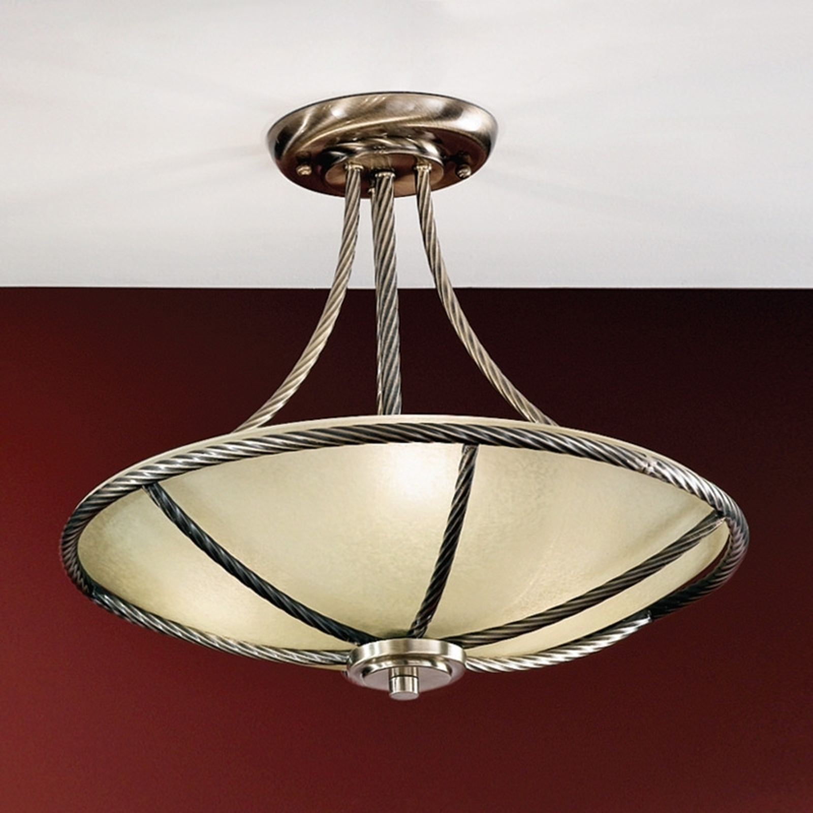 Lampa sufitowa Galina o efektownym kształcie