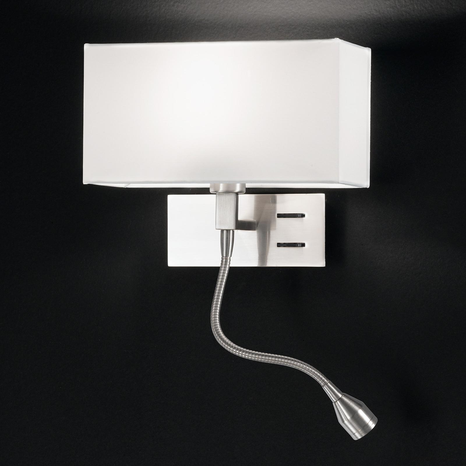 Elegante wandlamp Emilian met LED leeslamp