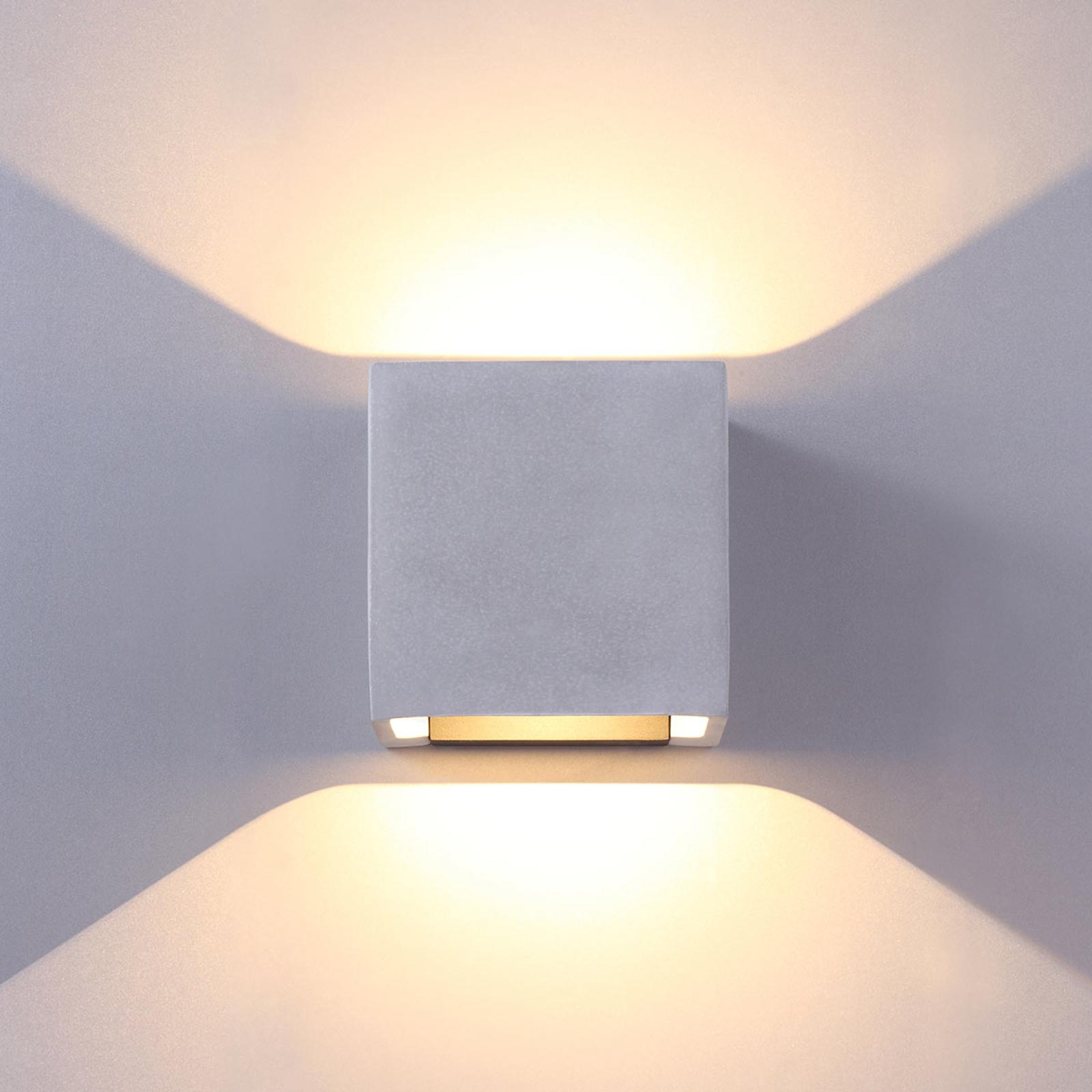 Betonggrå LED utendørs vegglampe Riak