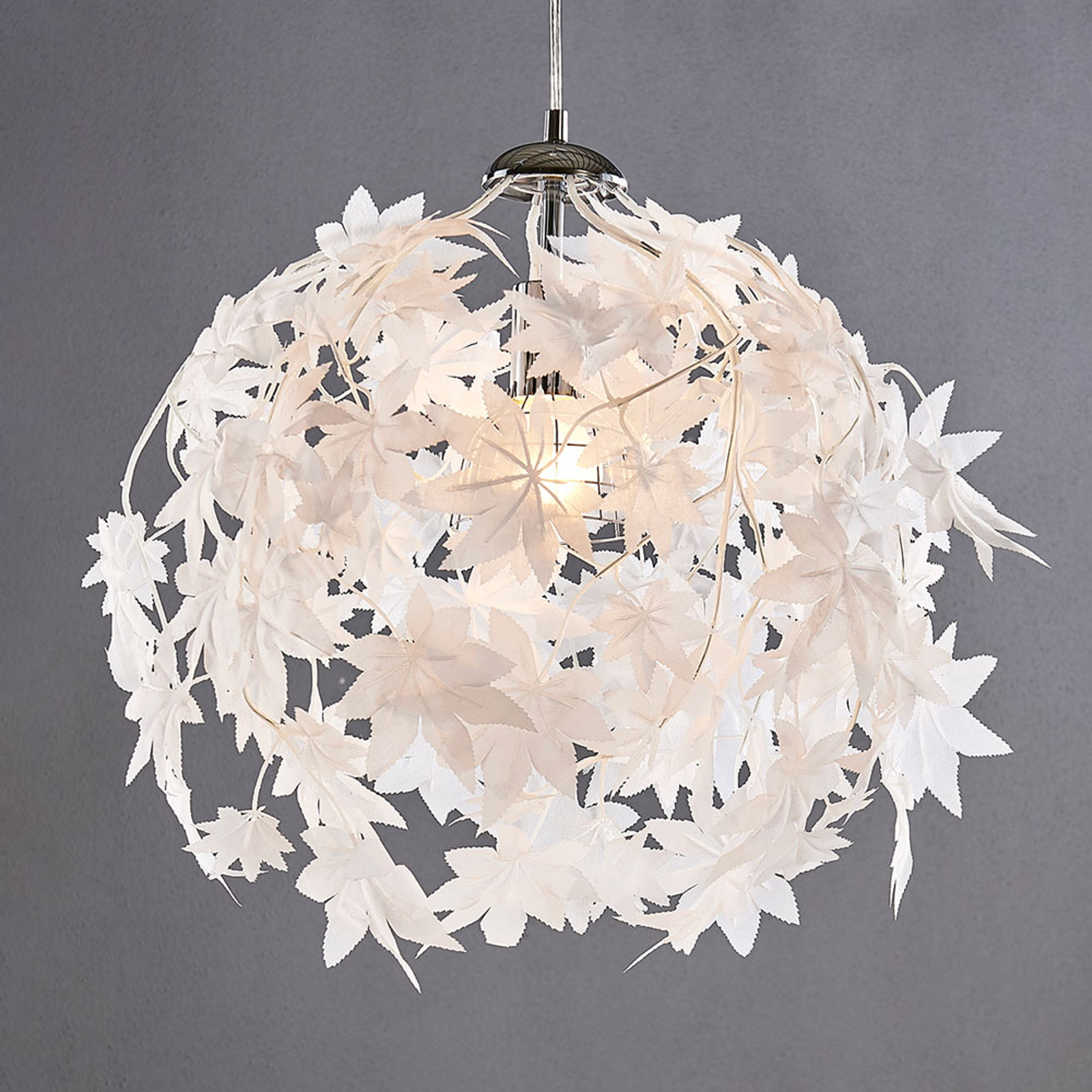 Závěsná lampa Maple ve vzhledu listí, 38 cm