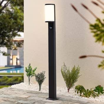 Lucande Jokum LED-gadelampe, IP54, 100 cm, sensor