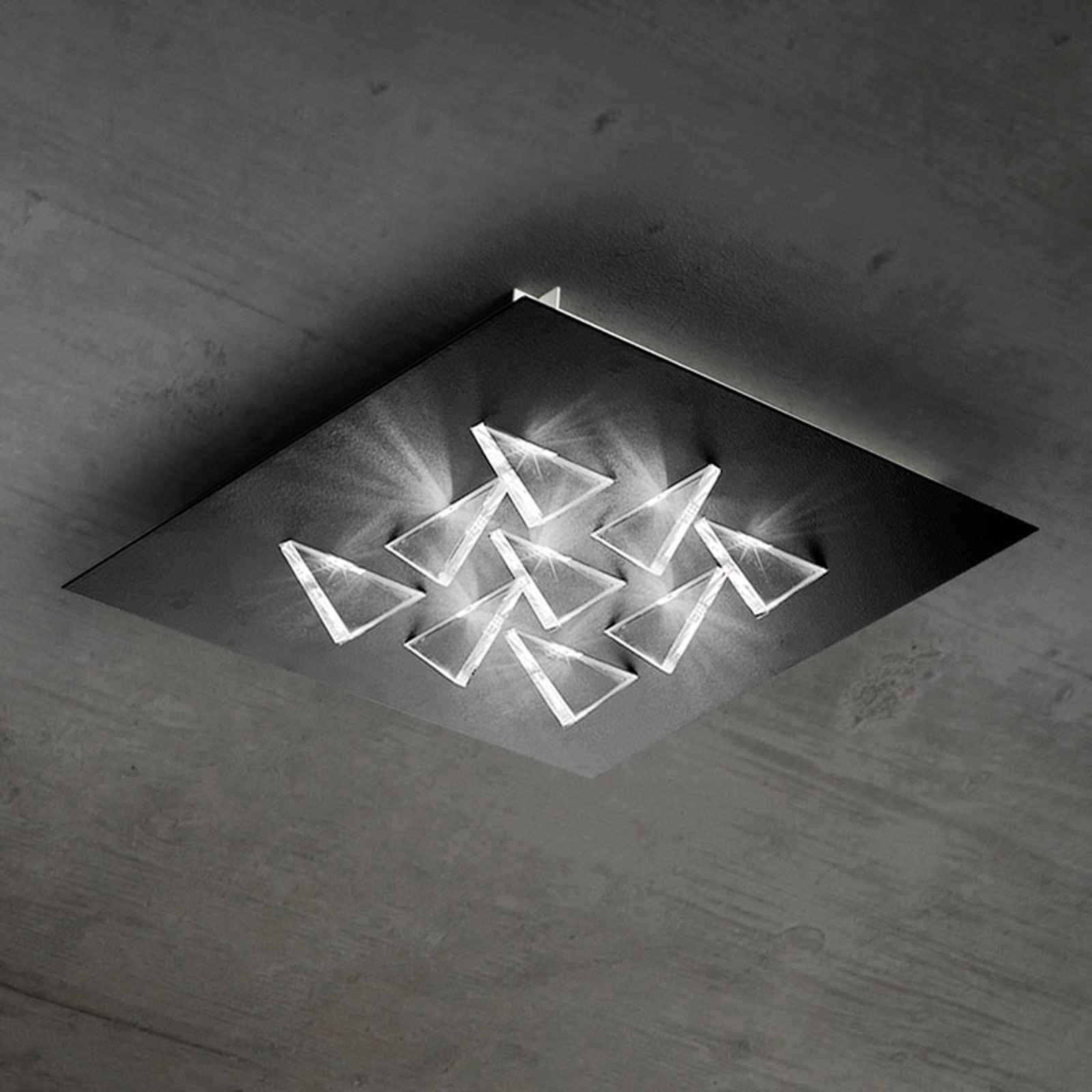Efektowna lampa sufitowa LED Cristalli, czarna