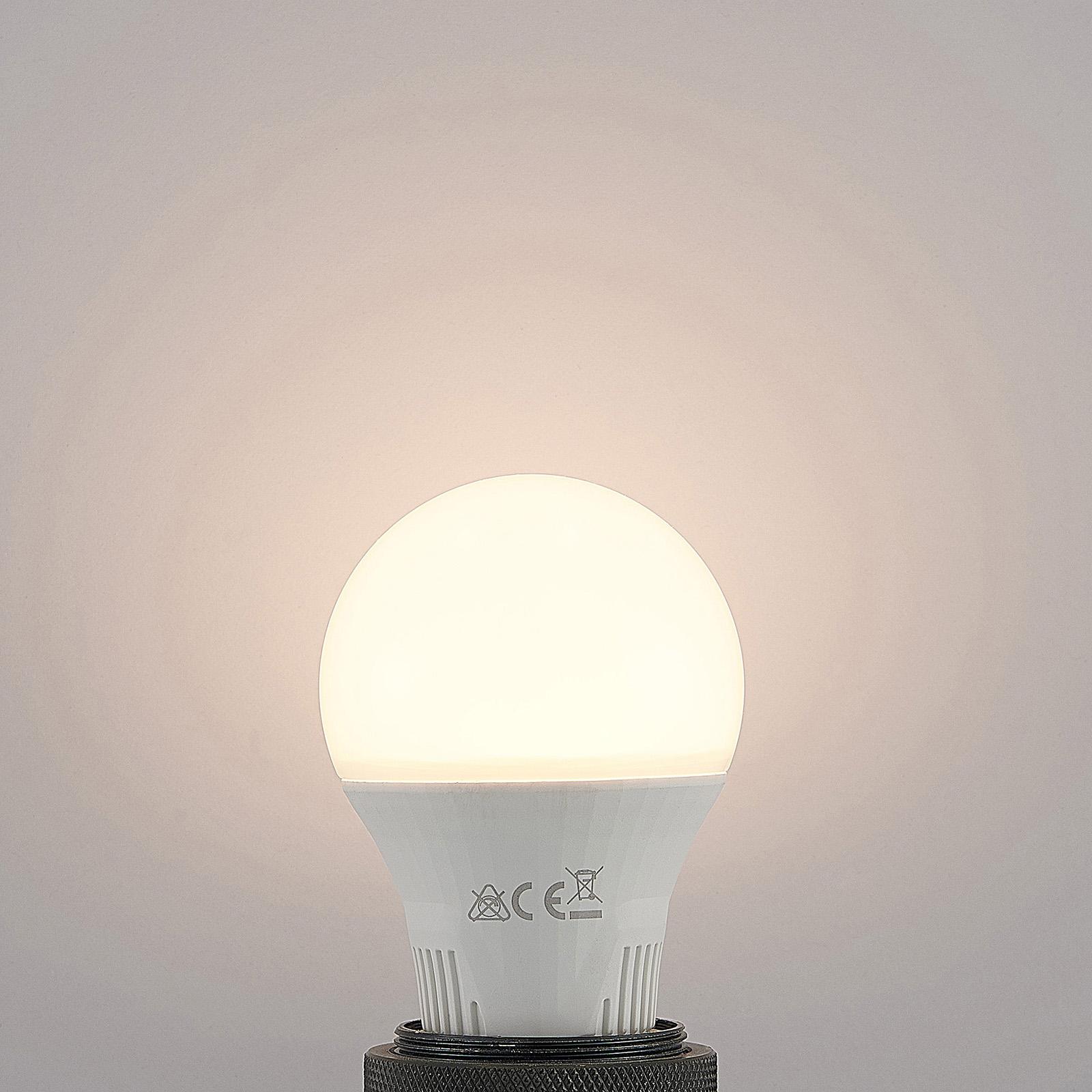 Bombilla LED E27 A60 9W blanco 2.700K