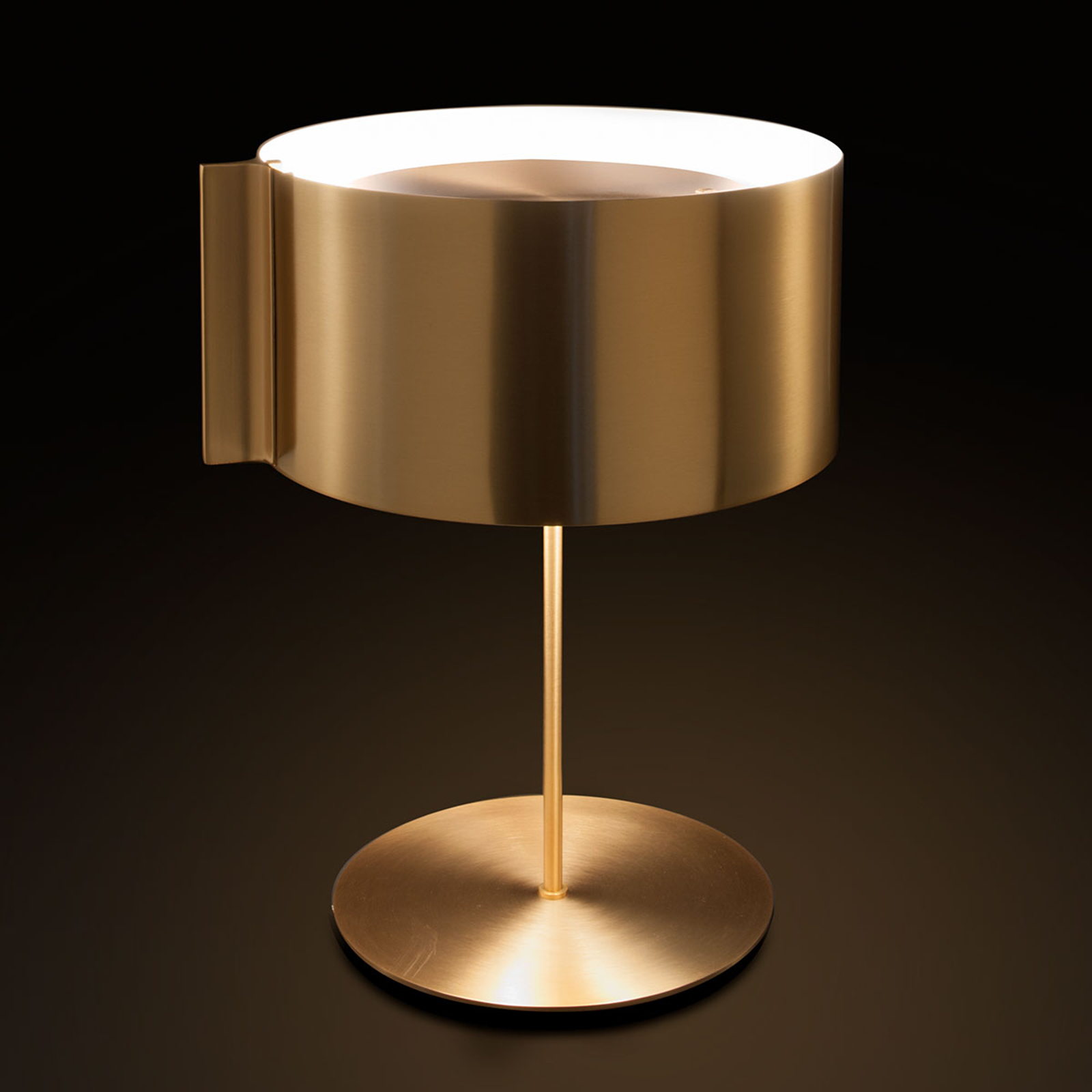 Oluce Switch - lampe à poser de designer dorée