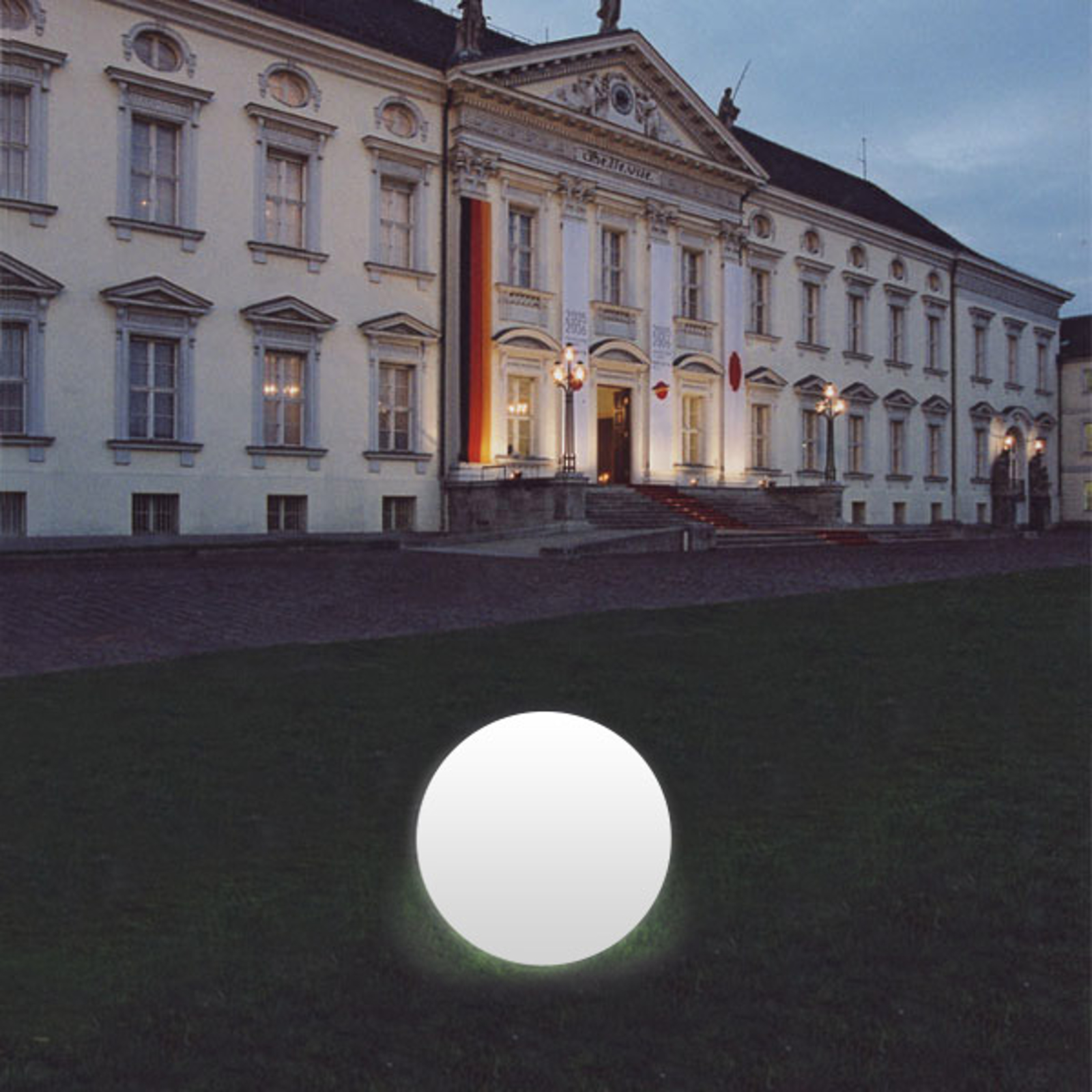 Lampada sferica bianca Snowball, alluminio, 40 cm