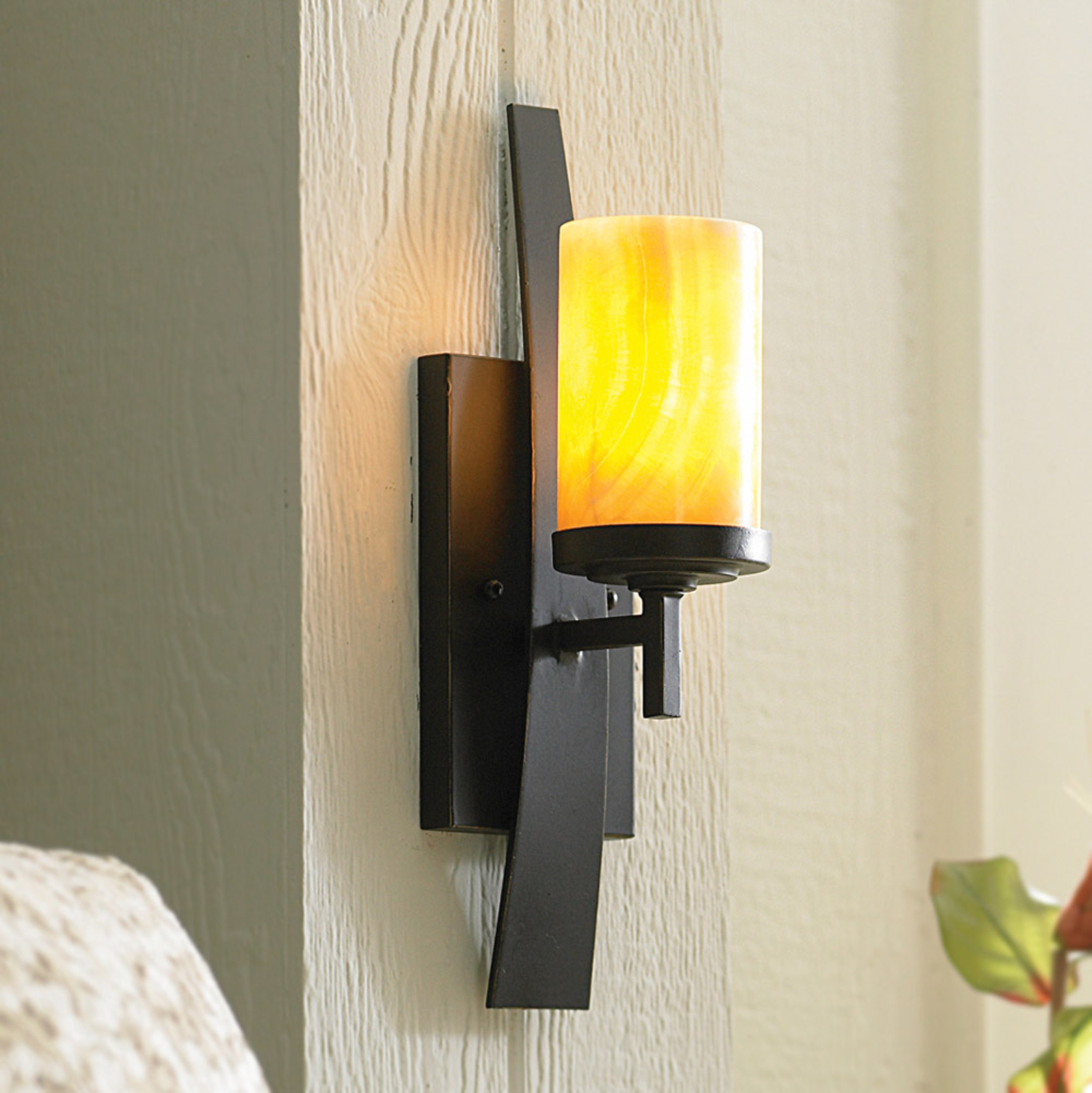 Wall lamp Kyle with onyx lampshade_3048335_1