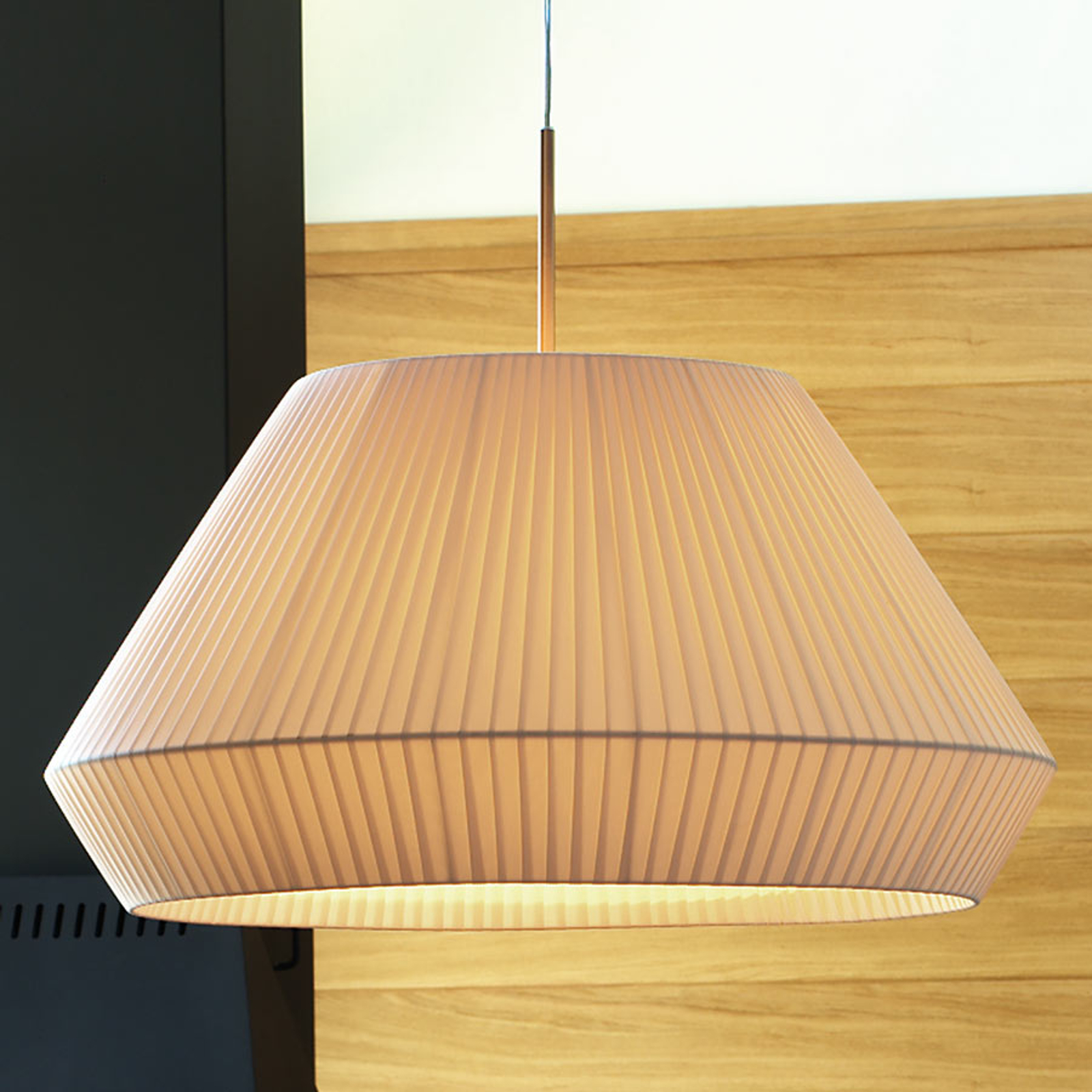 Bover Mei 60 - ronde stof-hanglamp in crème