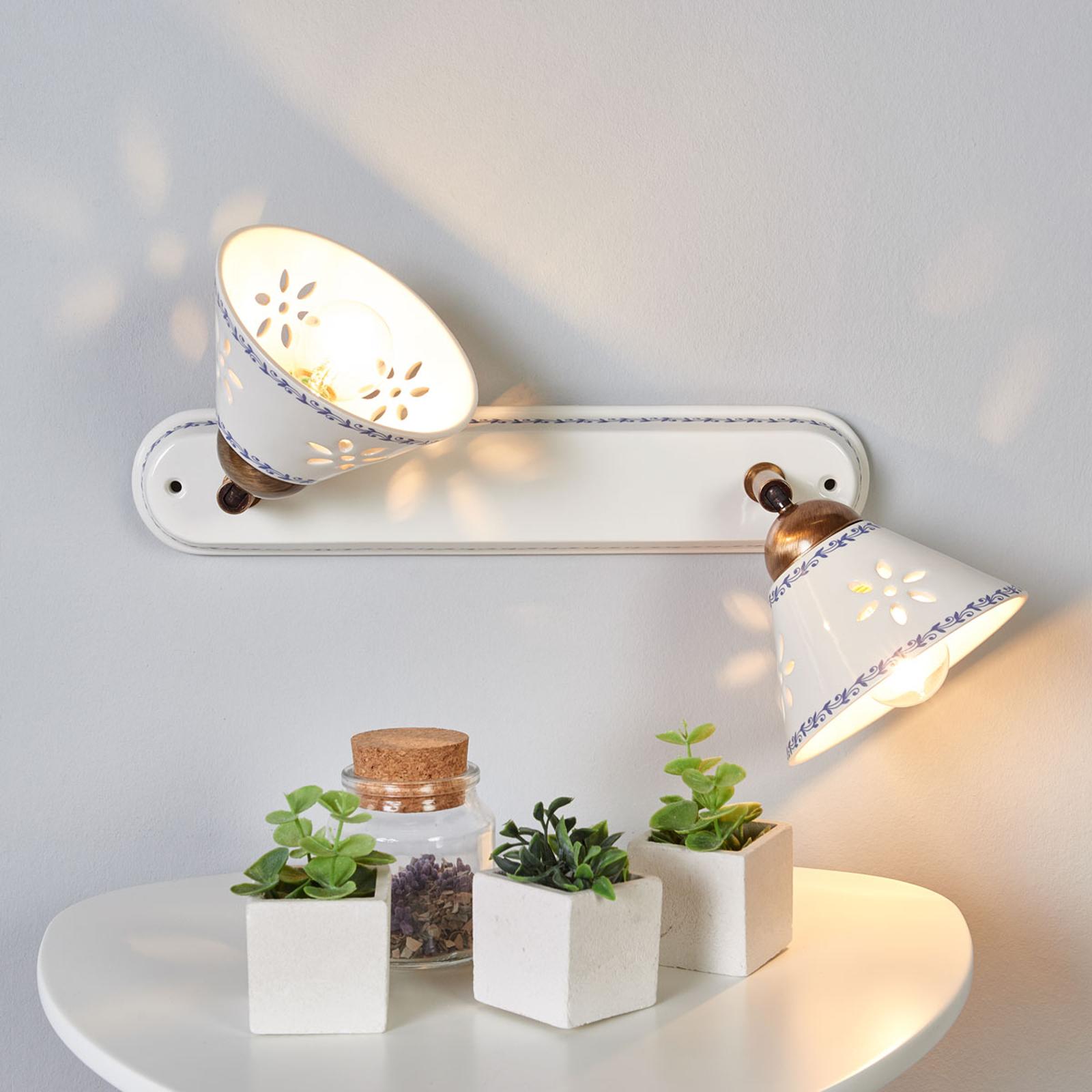 NONNA vegglampe i hvit keramikk og med to lys