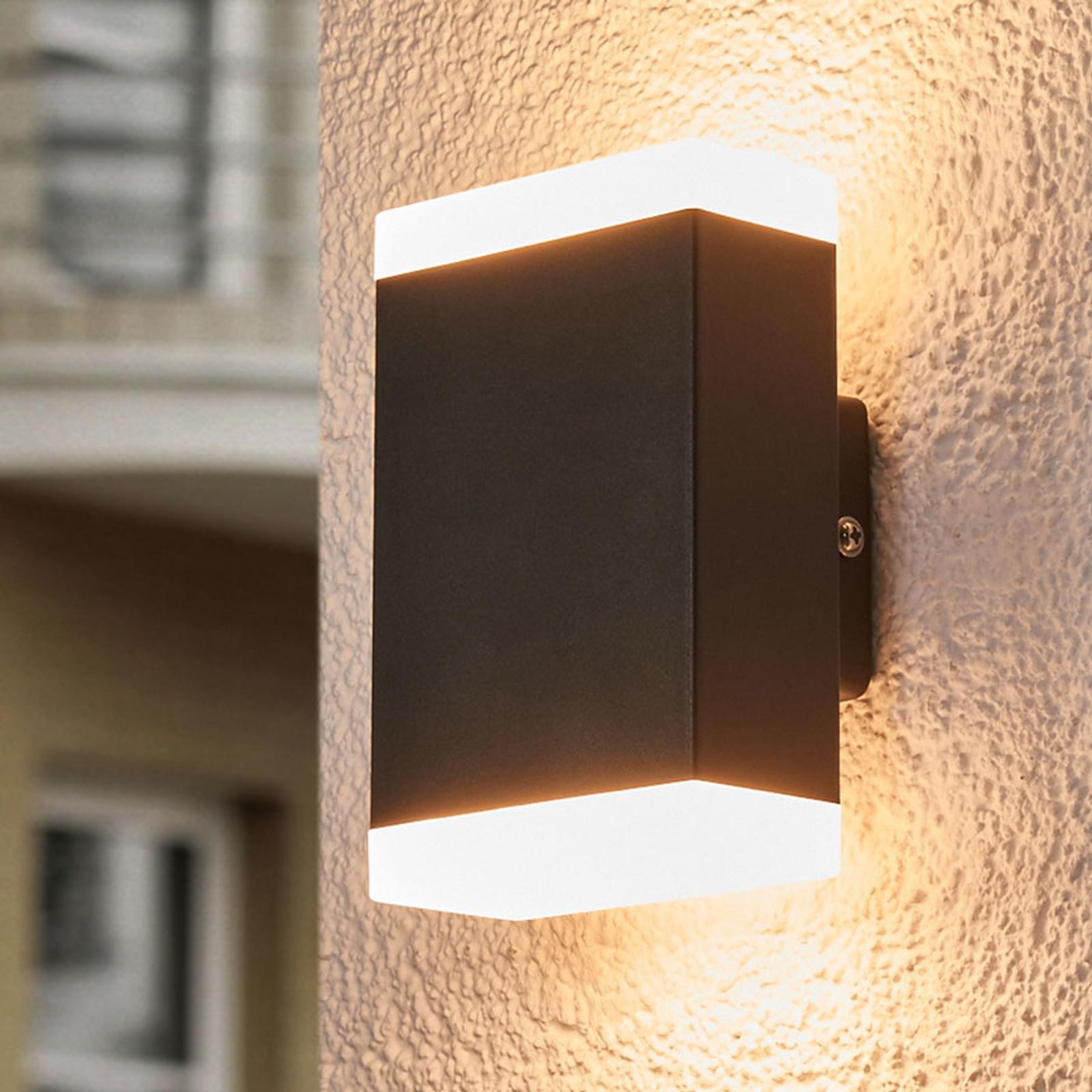 Tijdloze LED buitenwandlamp Aya voor buiten - IP44