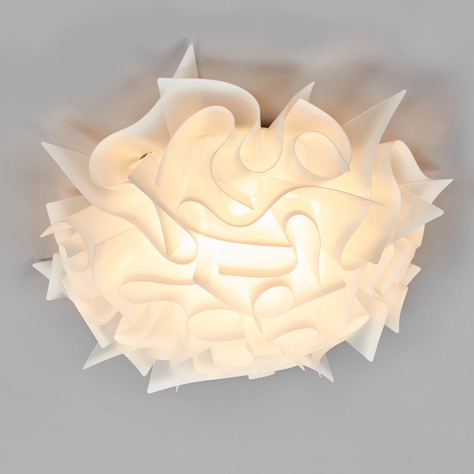 Slamp Veli – design-taklampe, Ø 53 cm, opal