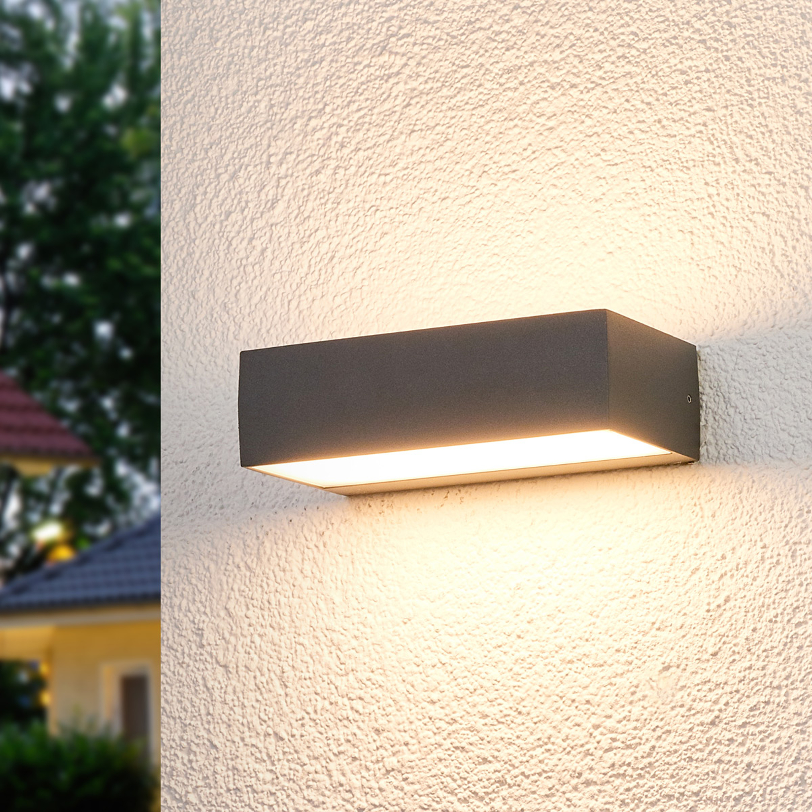 Lissi - LED outdoor wandlamp in hoekige vorm